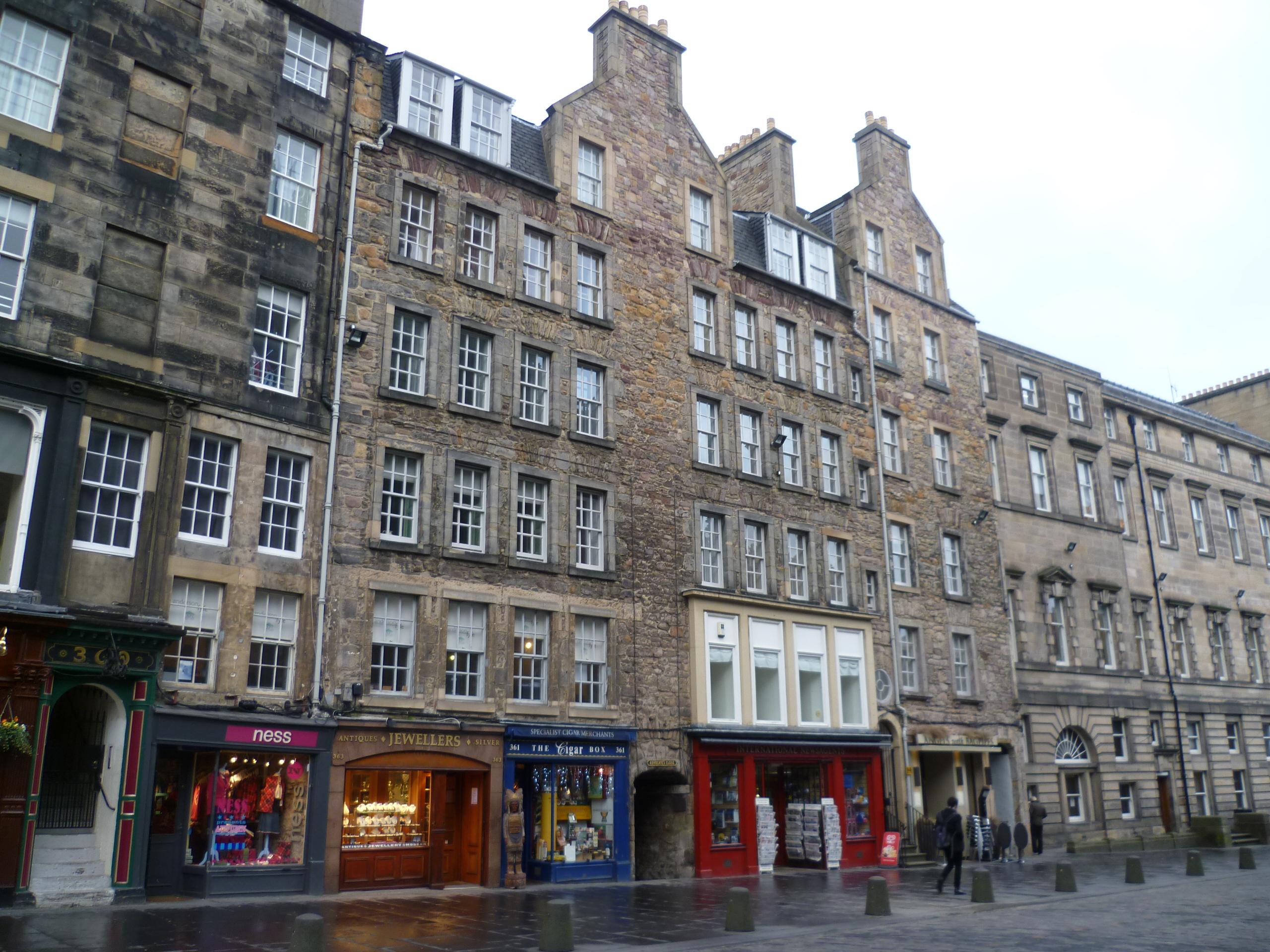 File Buildings In The High Street Edinburgh Jpg