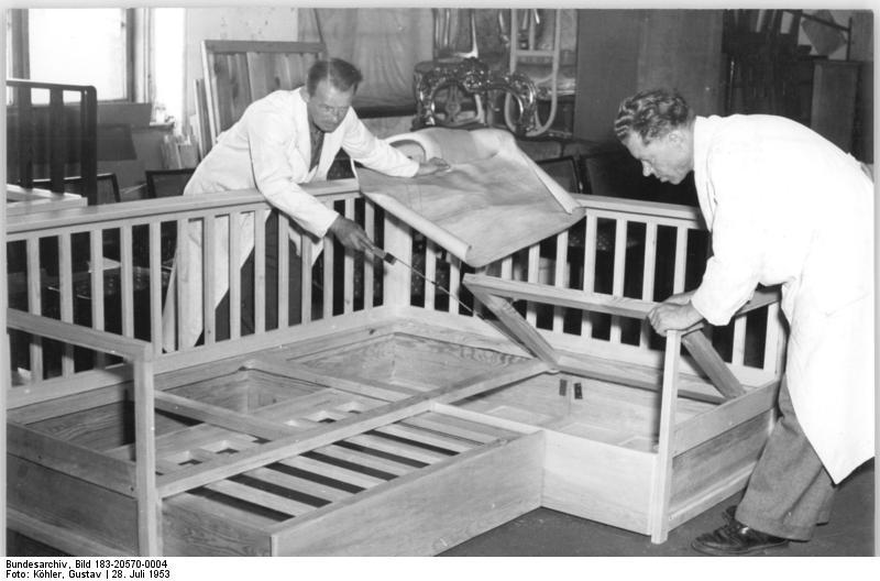 file bundesarchiv bild 183 20570 0004 berlin m belfabrik wikimedia commons. Black Bedroom Furniture Sets. Home Design Ideas