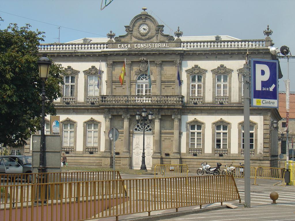 Fitxategi casa consistorial wikipedia - Casas prefabricadas pontevedra ...