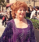 Charlotte Rae at the 1988 Emmy Awards cropped.jpg