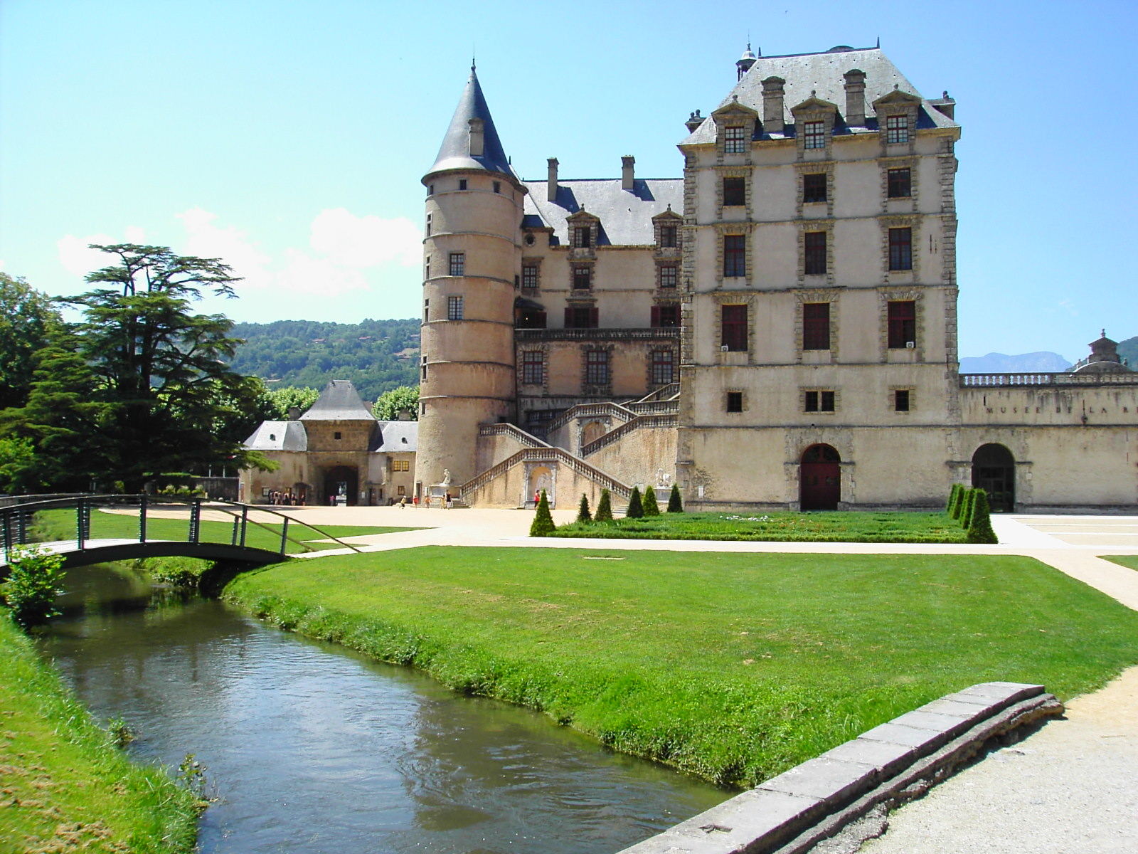 Chateau de Vizille, Isere, France  № 156843  скачать