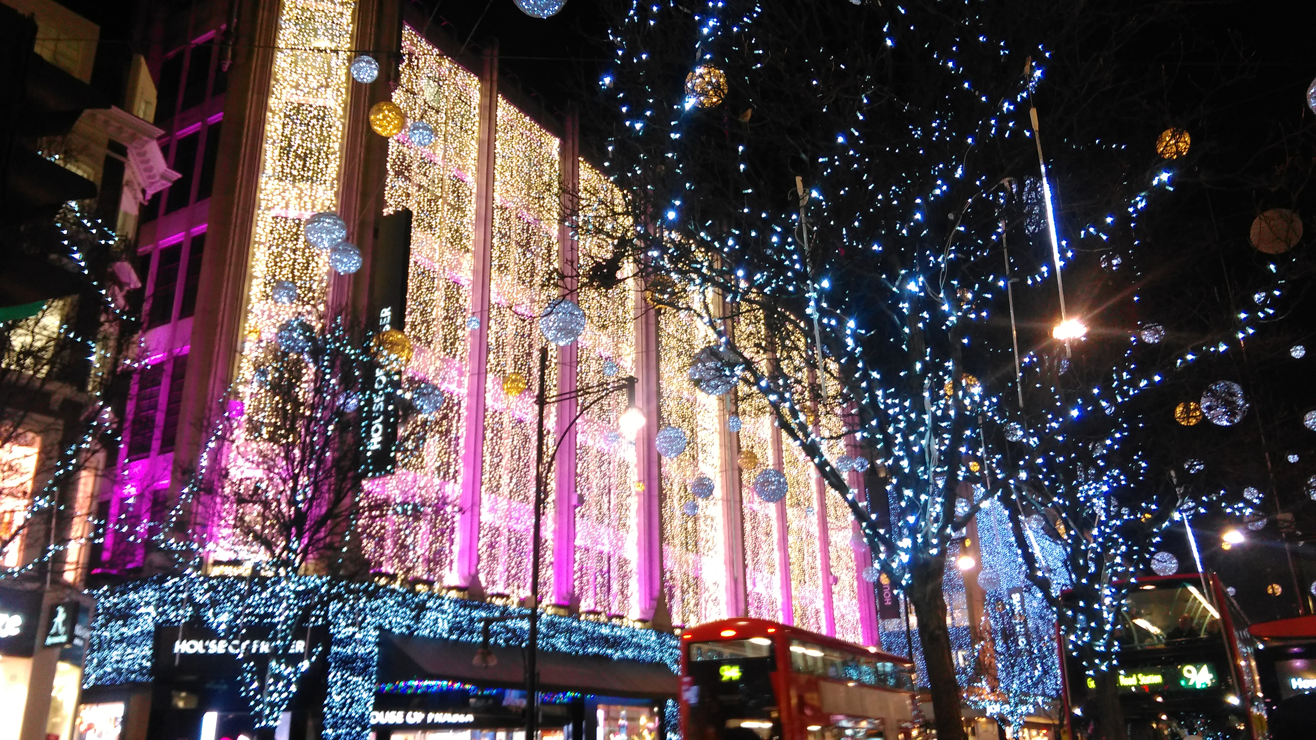 a4ac7050e159 File:Christmas 2016 Decorations House of Fraser, Oxford Street, London 2.jpg