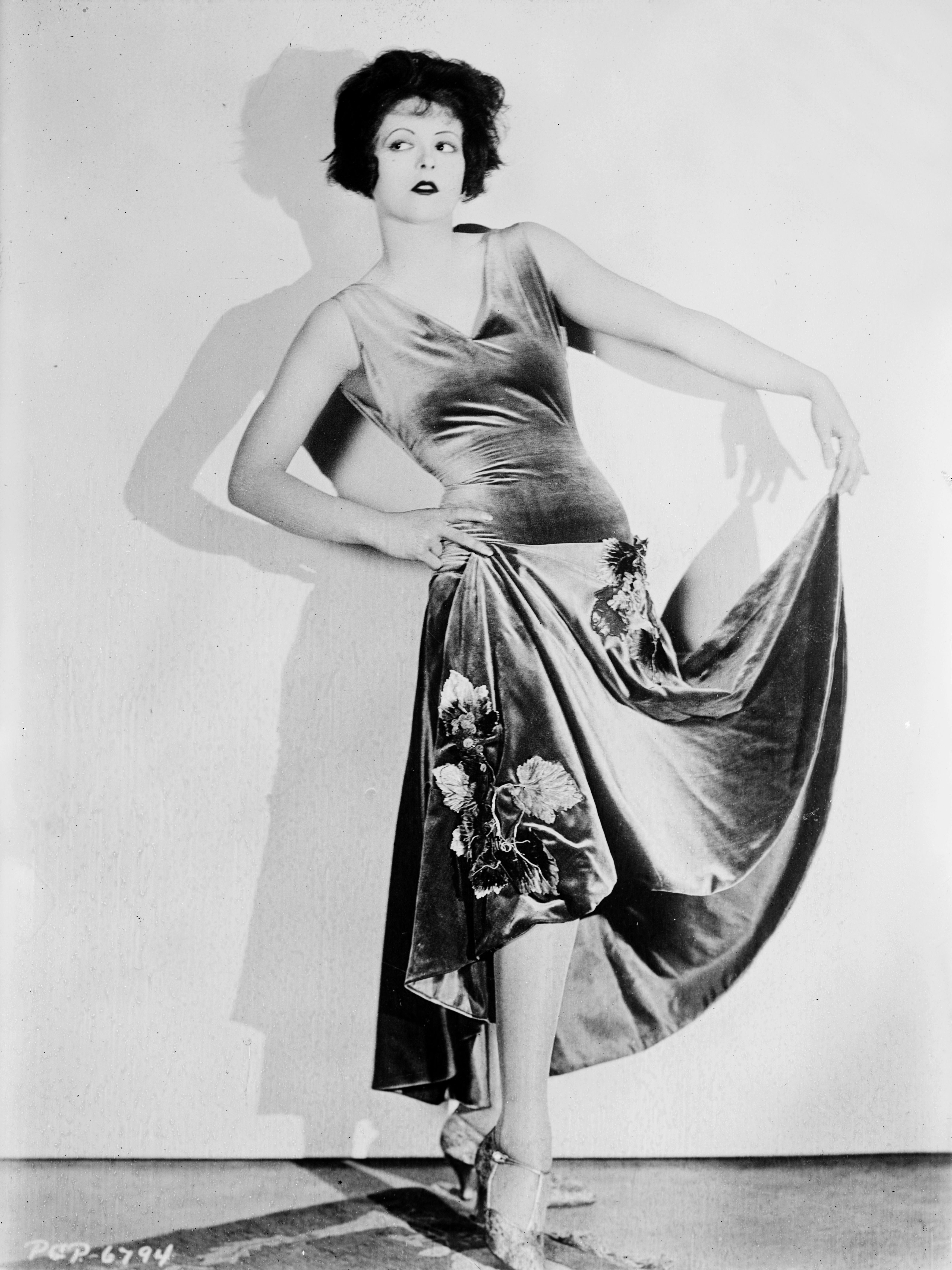 Image Result For Dresses Full Movie