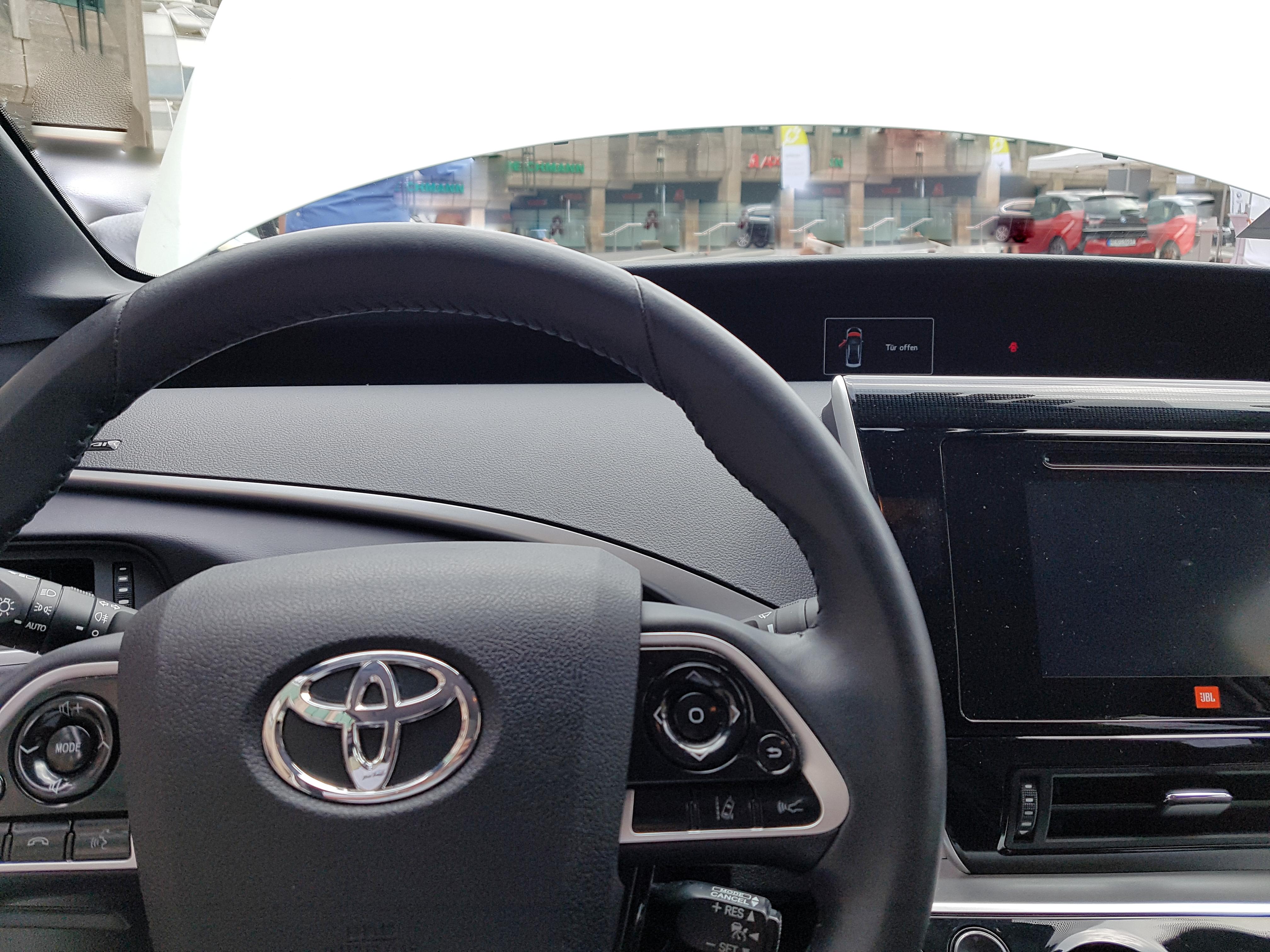 File Cockpit Toyota Mirai 2018 Jpg Wikimedia Commons
