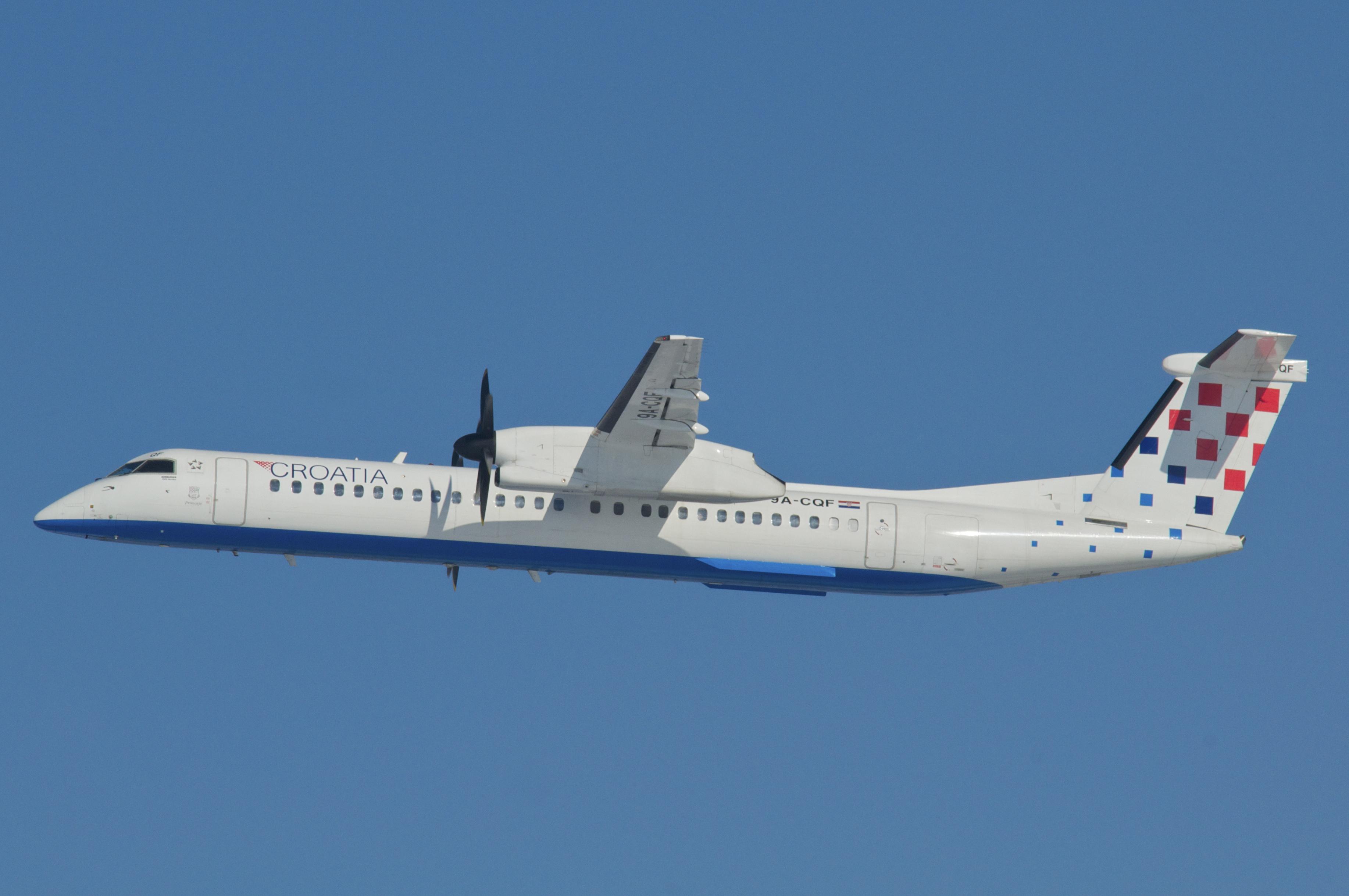 File:Croatia Airlines DHC-8-400 Dash 8