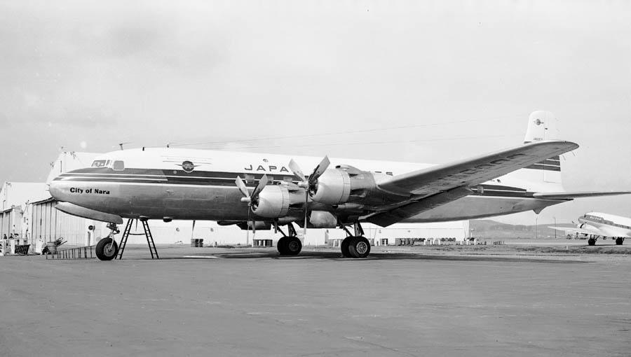 1954년일본항공 DC-6A