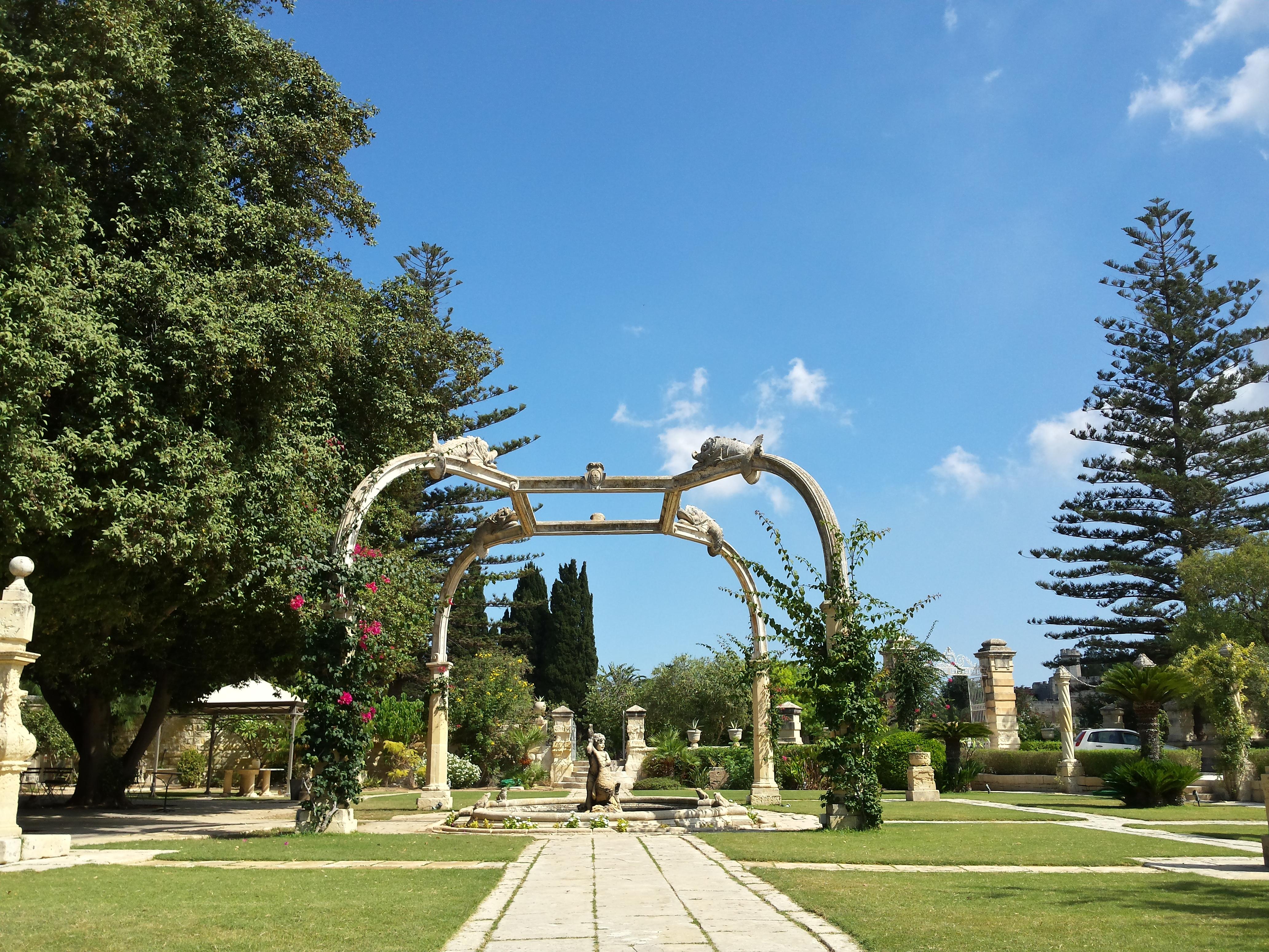 File Dolphin Pond New Garden Villa Bologna 3 08 9 2014