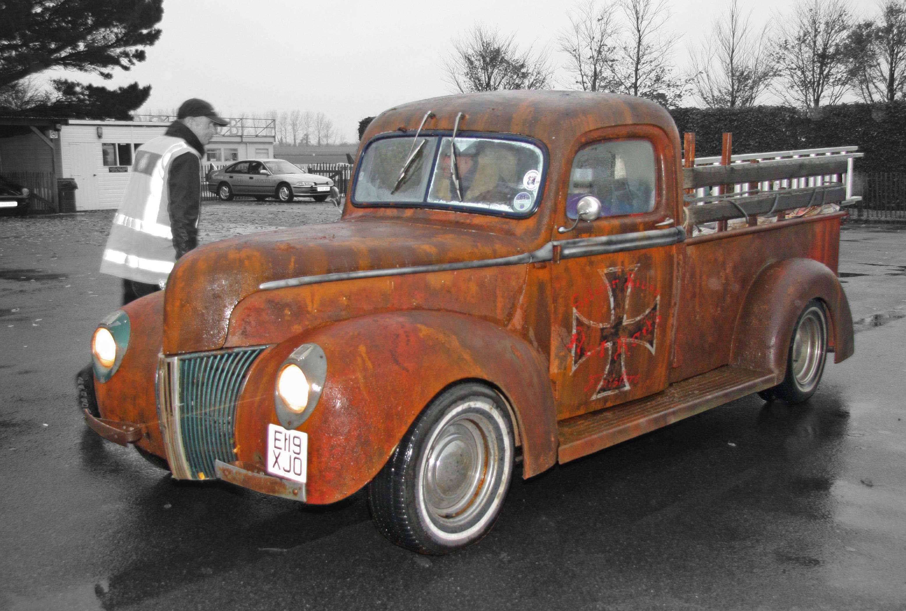 File:Ford Pickup Hot Rod 1940\'s - Flickr - exfordy.jpg - Wikimedia ...