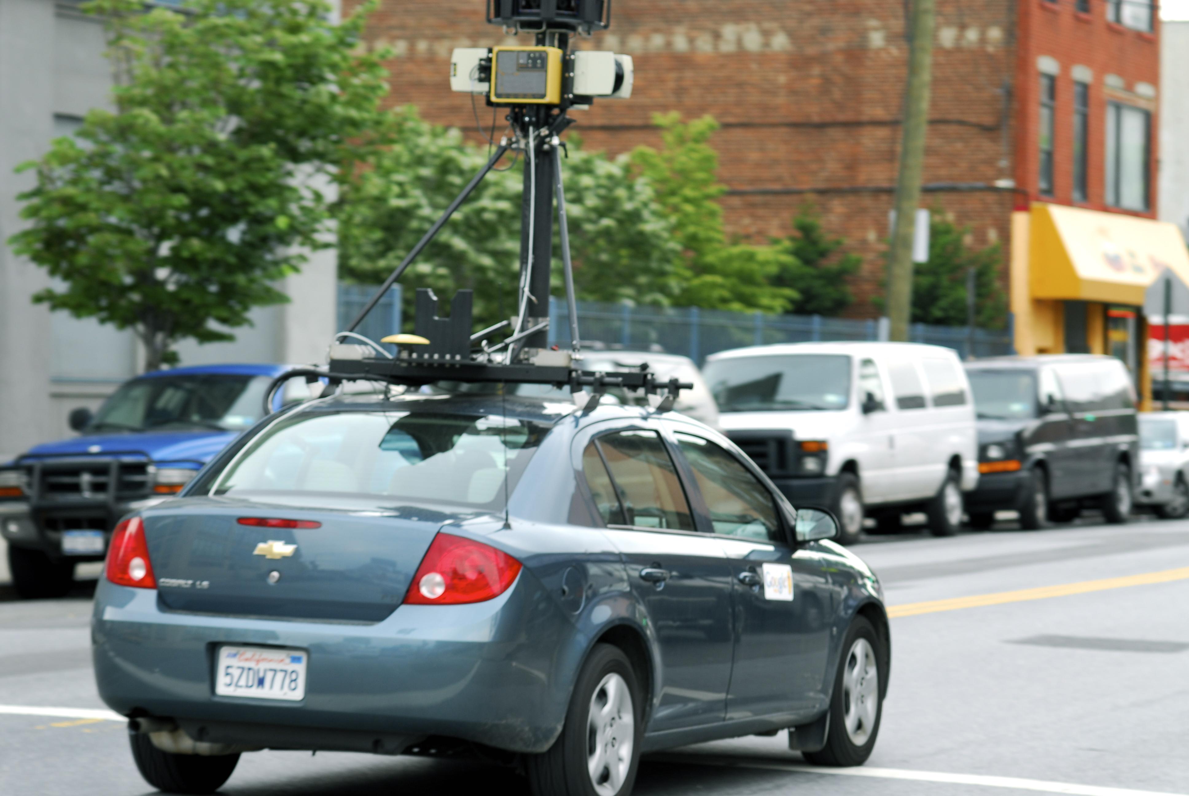File:Google Street View Car in Hunters Point, Queens.jpg - Wikimedia ...