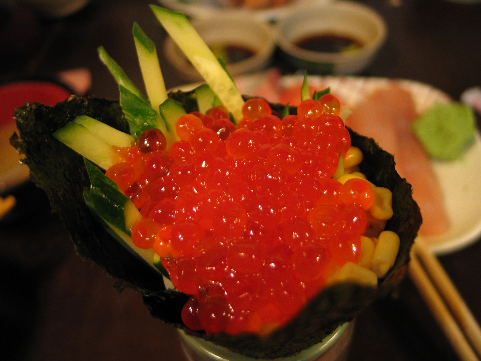 File ikura temaki zushi by adonis chen in for Sushi fish eggs