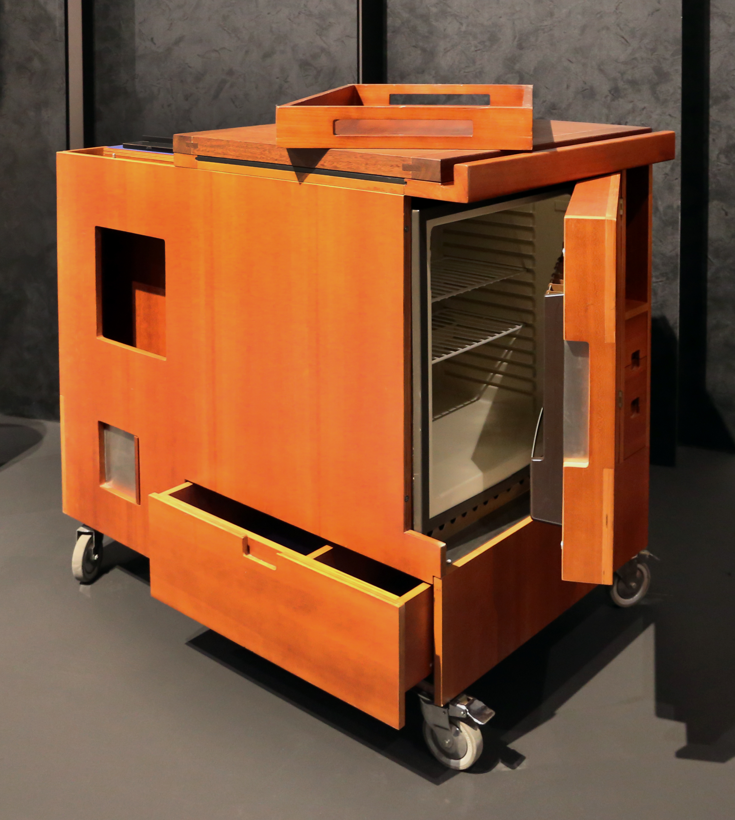 File:Joe colombo per boffi, mobile cucina minikitchen, 1964 ...