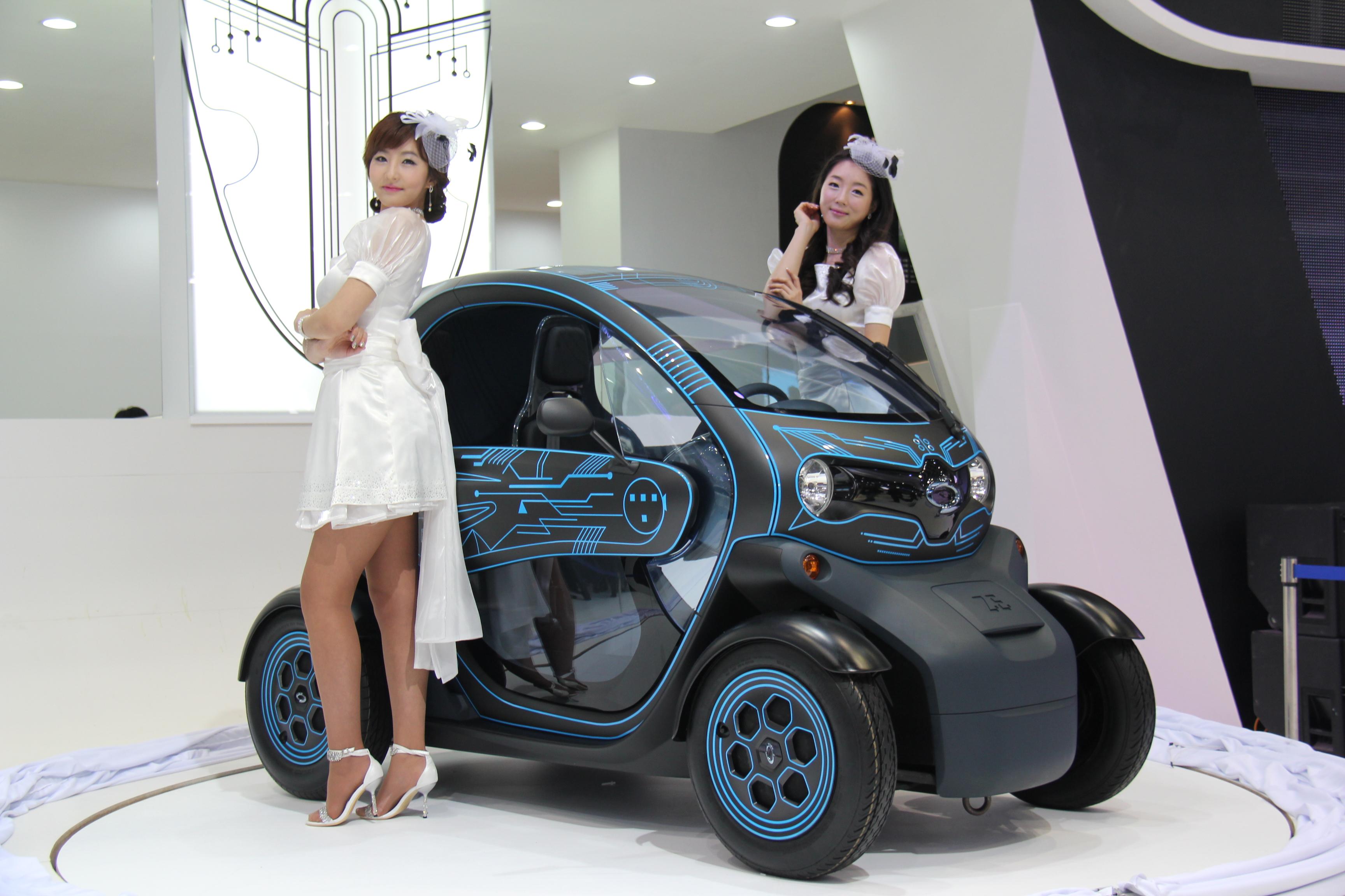 File:KOCIS 2011 Seoul Motor Show (5817570414).jpg