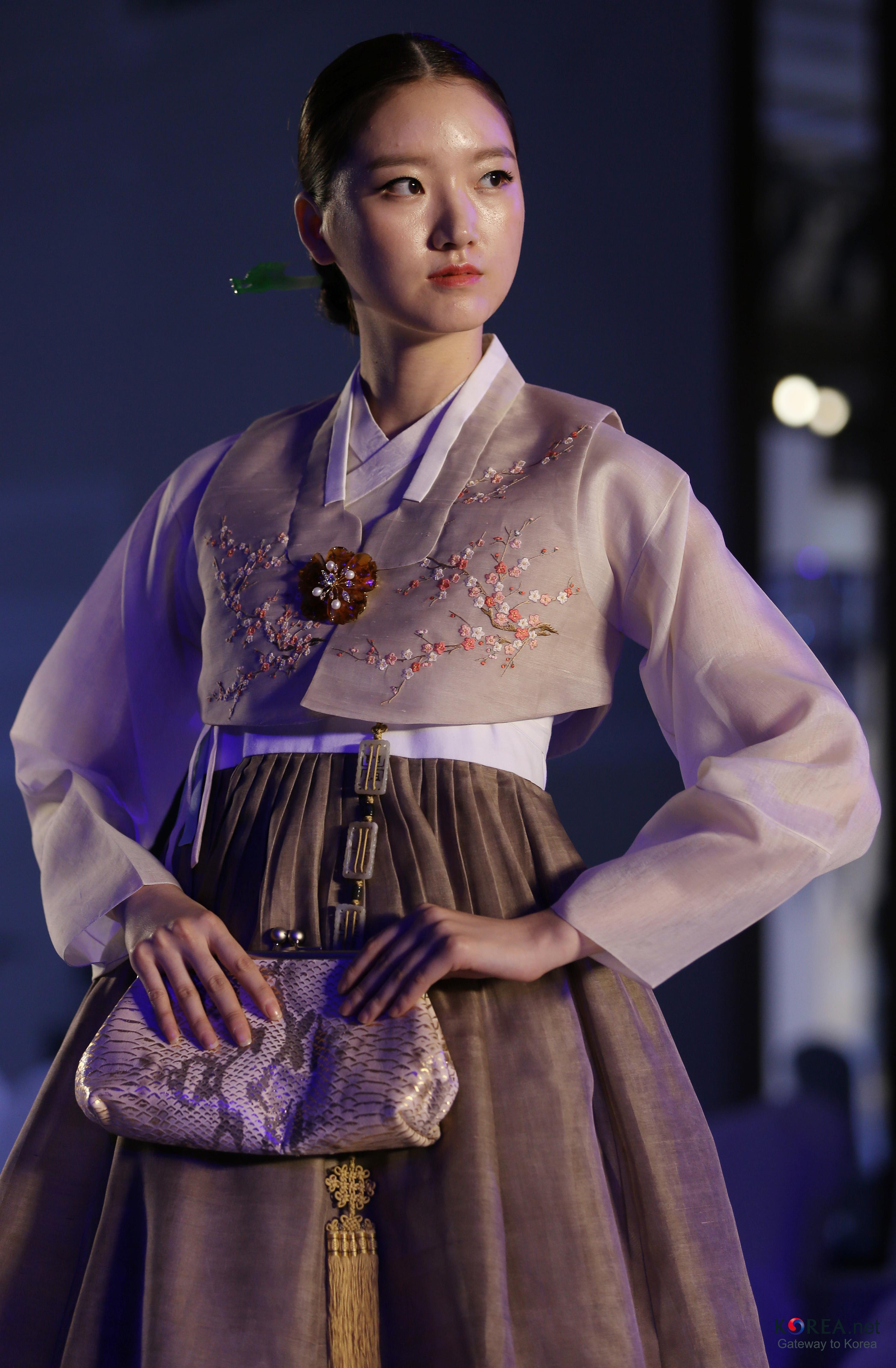filekocis korea hanbokaodai fashionshow 13 9766165882