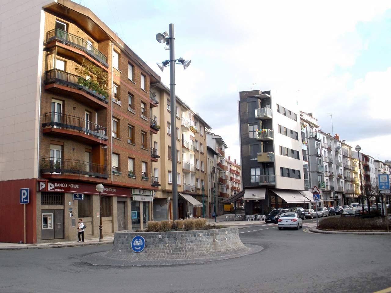 File:Lasarte-Oria 06.JPG - Wikimedia Commons