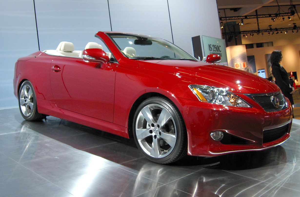 File Lexus Is C In Matador Red Mica Jpg Wikimedia Commons