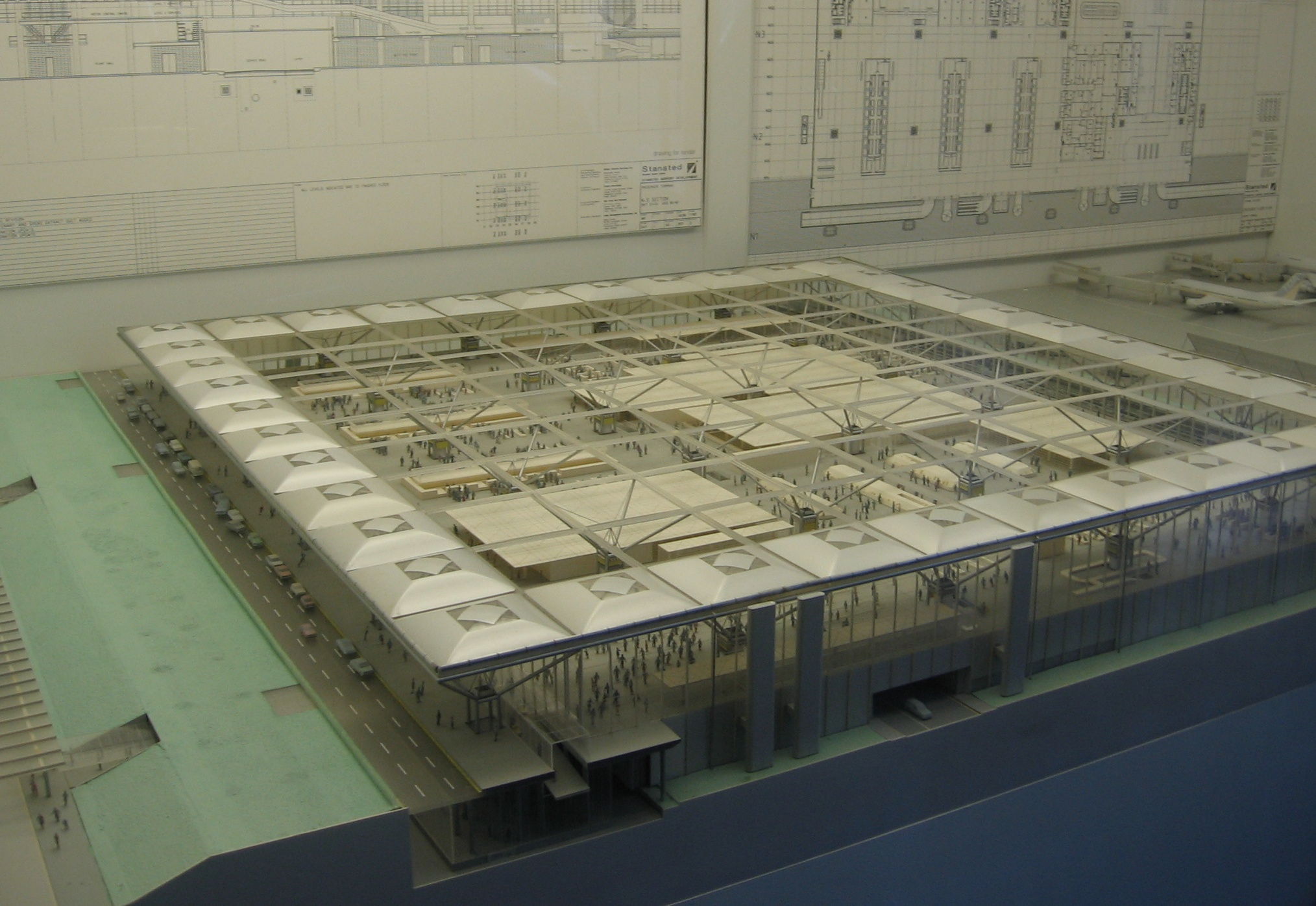 Stansted airport London_Stansted_Airport_Terminal_Model_1