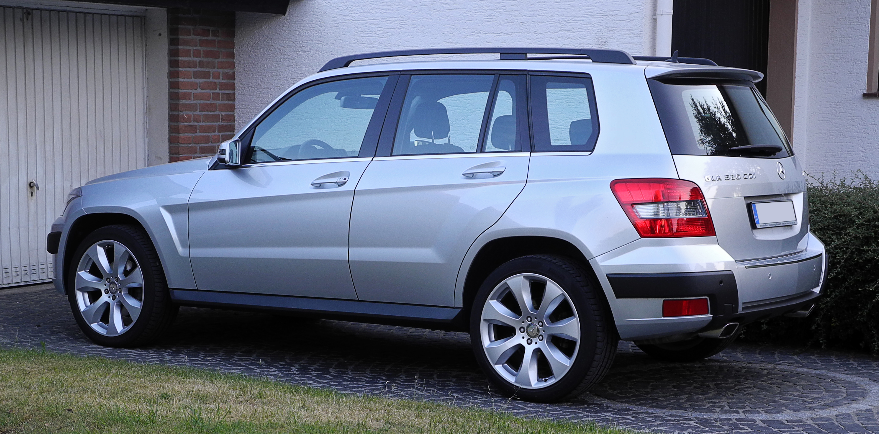 File mercedes benz glk 320 cdi 4matic styling offroad for Mercedes benz glk 2011