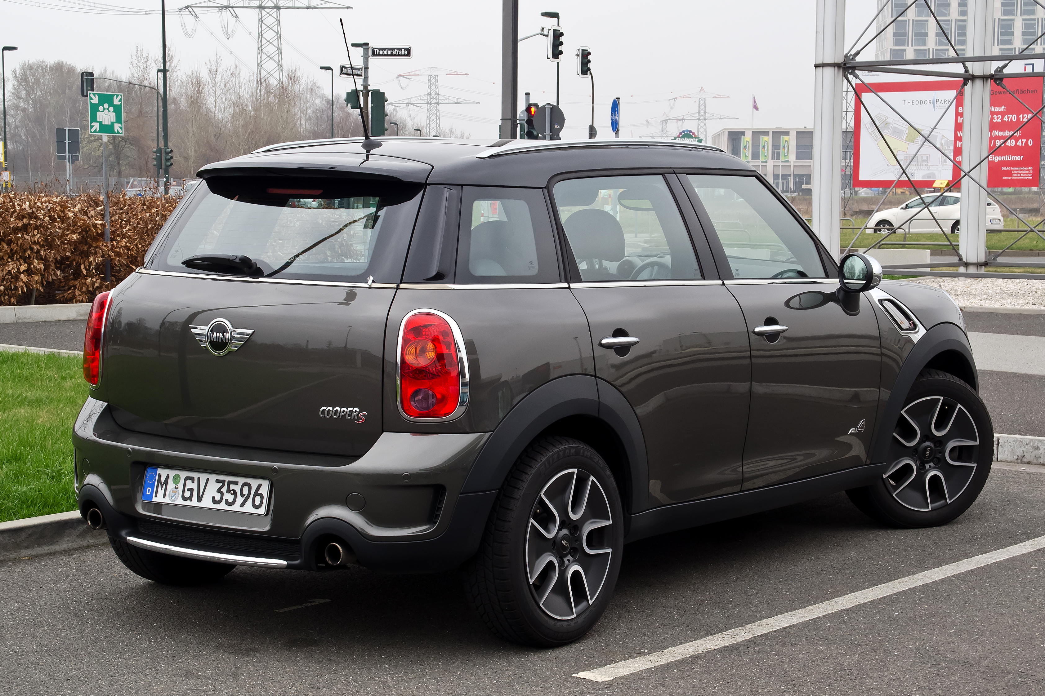 file mini cooper s all4 countryman r60 heckansicht 17 m rz 2012 d. Black Bedroom Furniture Sets. Home Design Ideas