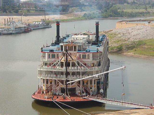 FileMississippi Queen 1 Of Only 10 Steam Paddle Boats Left On The River
