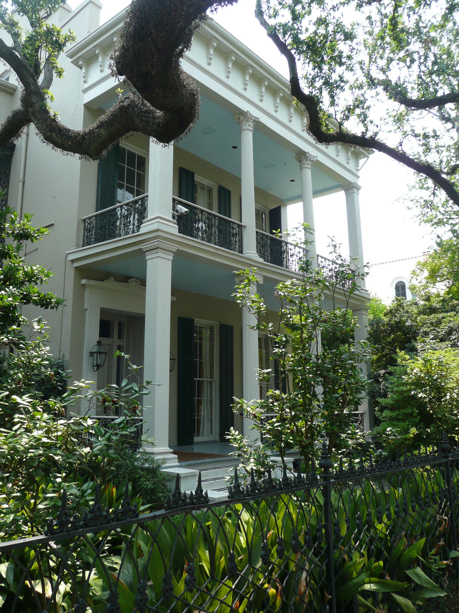 File:New Orleans 1239 First Street.jpg
