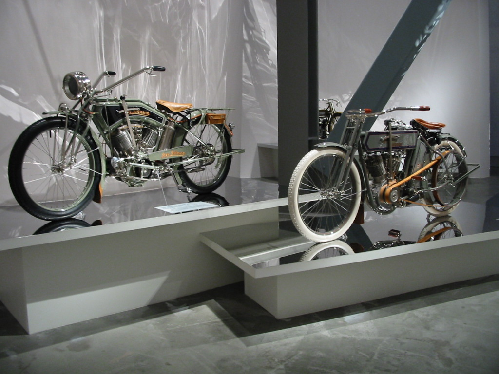 North Cluster Bikes on V Twin Engine