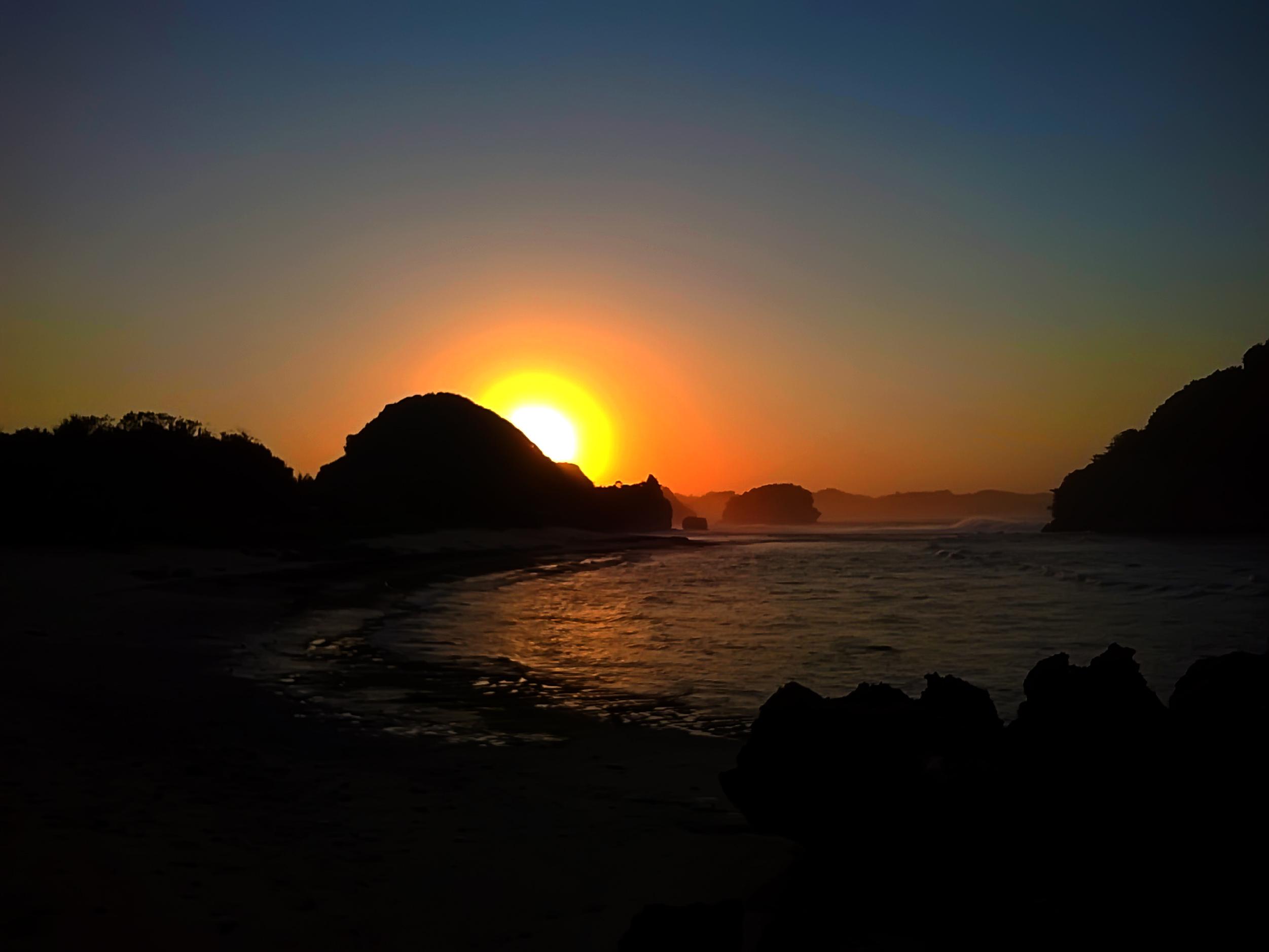 File Pantai Goa Cina Malang Jpg Wikimedia Commons