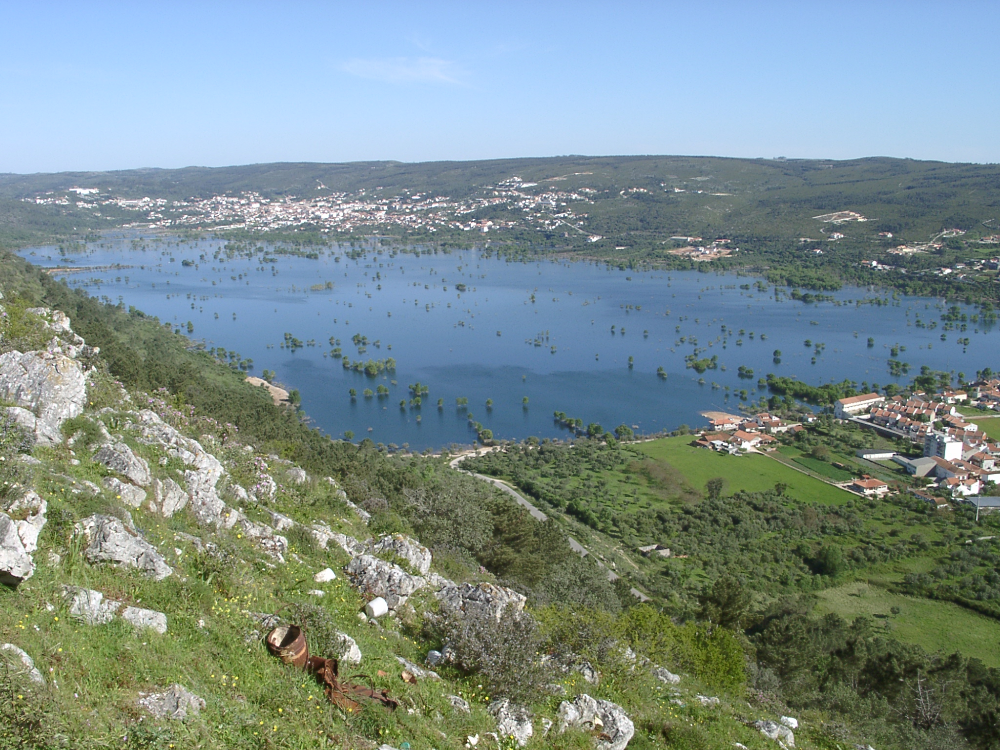 Parque natural das serras de aire e candeeiros wikiwand - Natura portugal ...