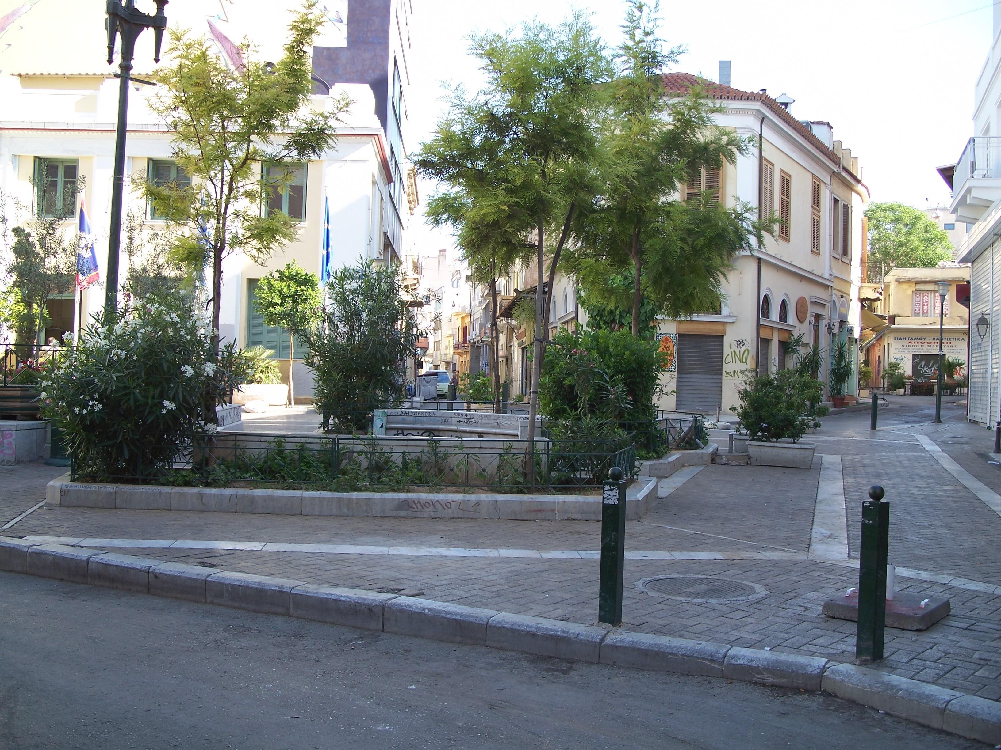 Plaza Iroon en Psirí, Atenas
