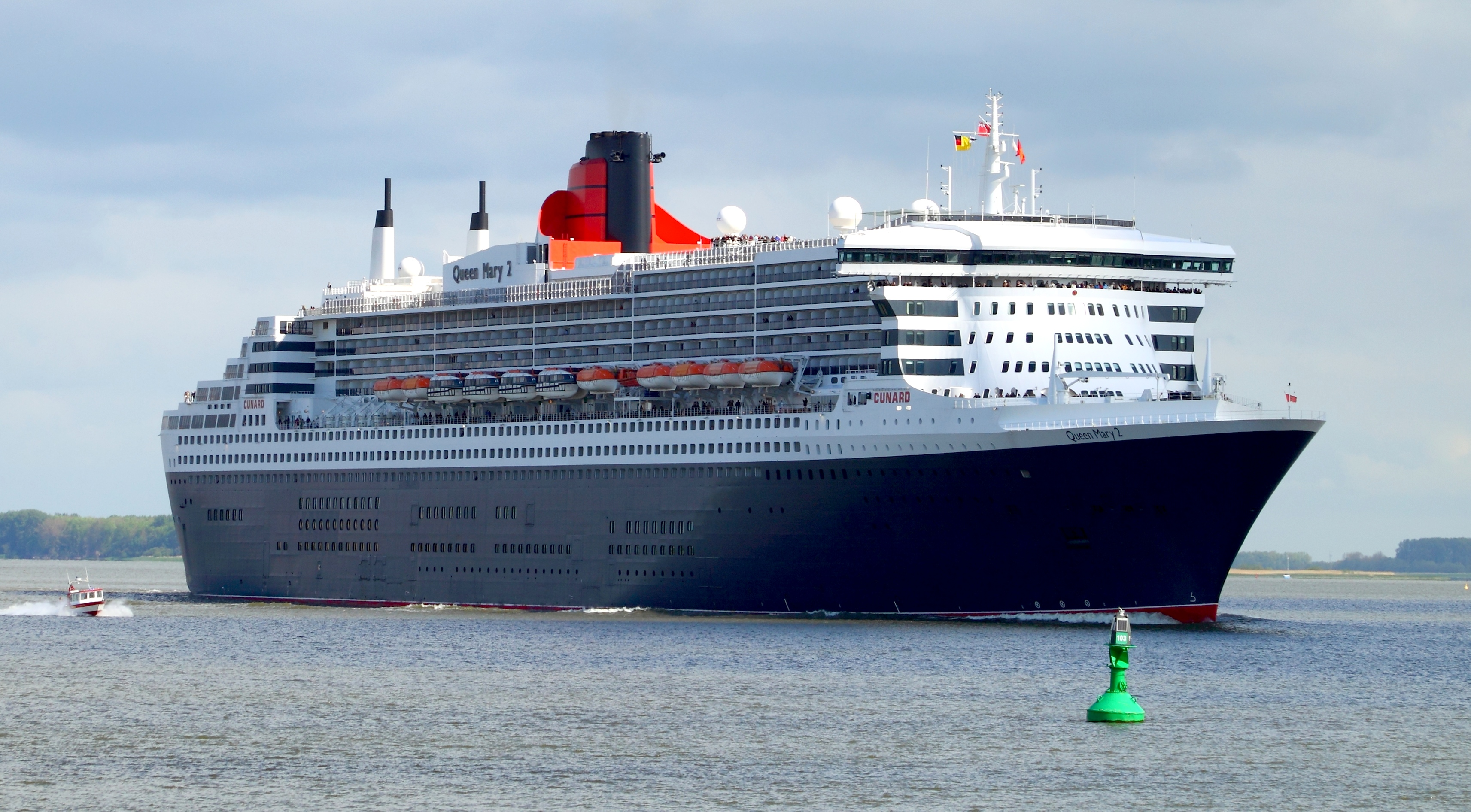 queen mary cruise ship history. Black Bedroom Furniture Sets. Home Design Ideas