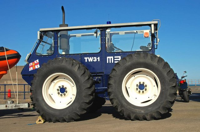 Talus mb 764 amphibious tractor wikipedia - Tracteur cars ...