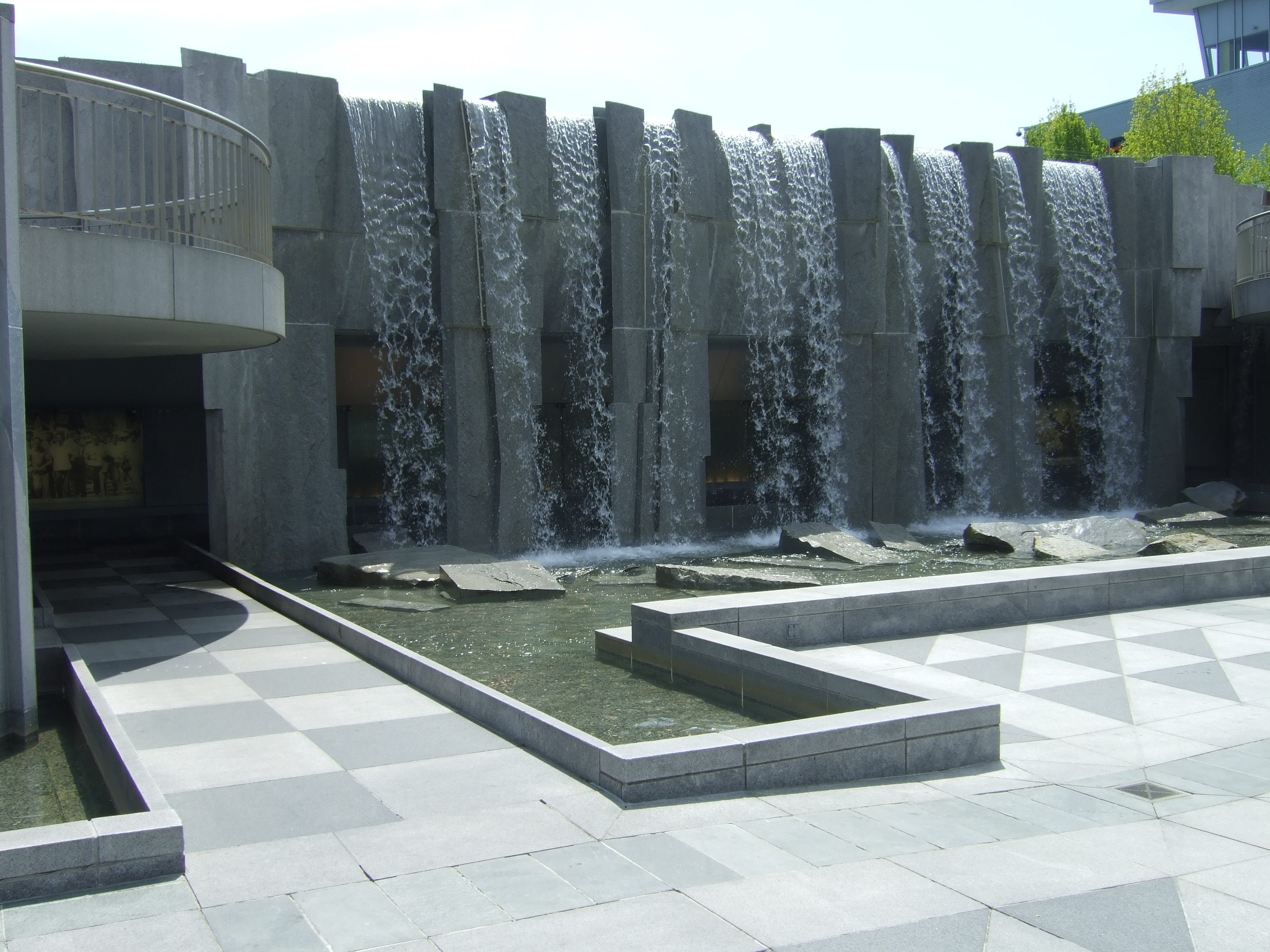 file san francisco yerba buena gardens wikimedia commons