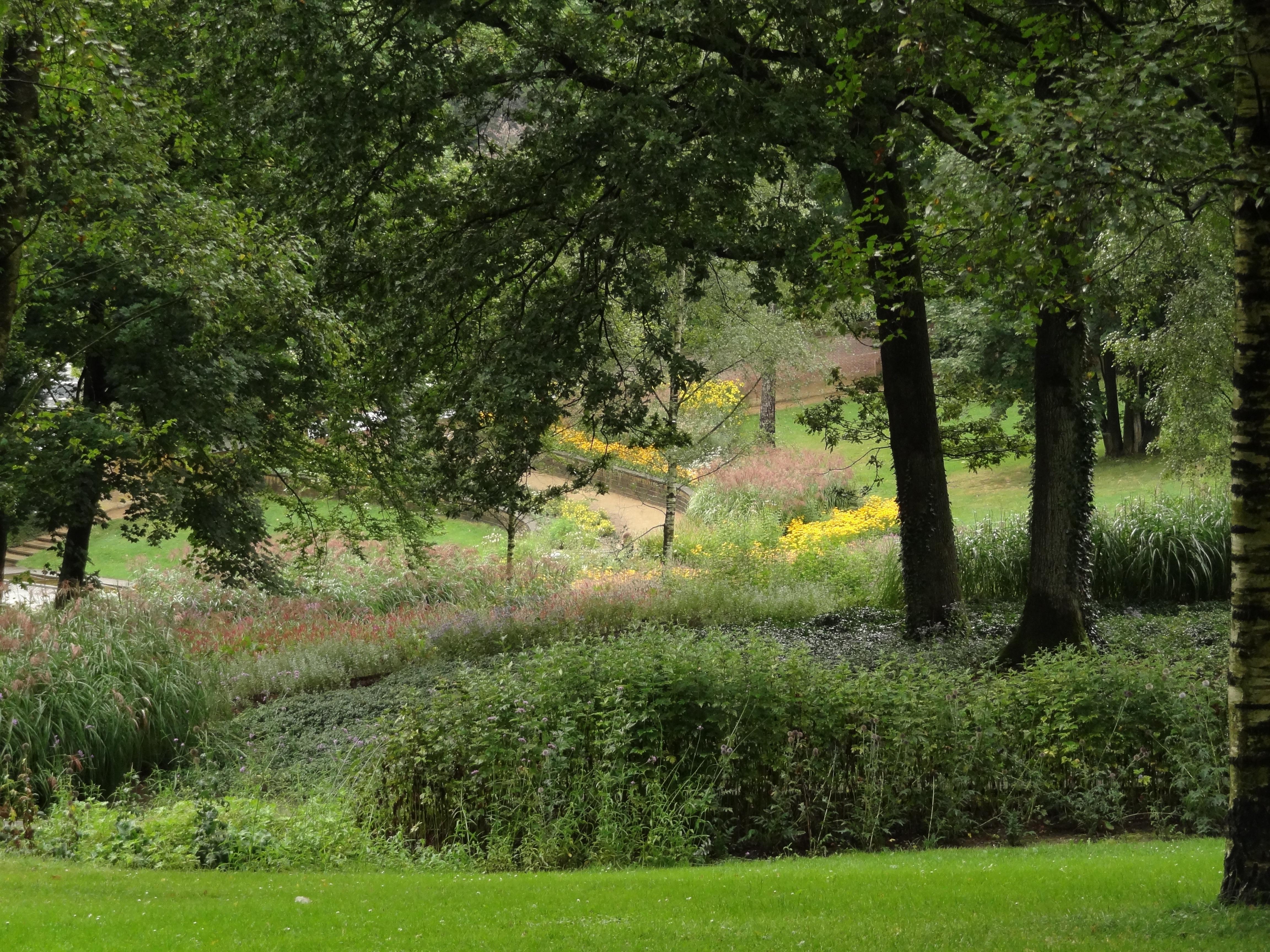 Sonsbeek restanten van moestuin in arnhem monument - Lay outs tuin steile ...