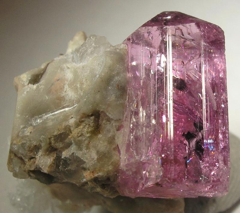 Gemstones of Pakistan - Wikipedia