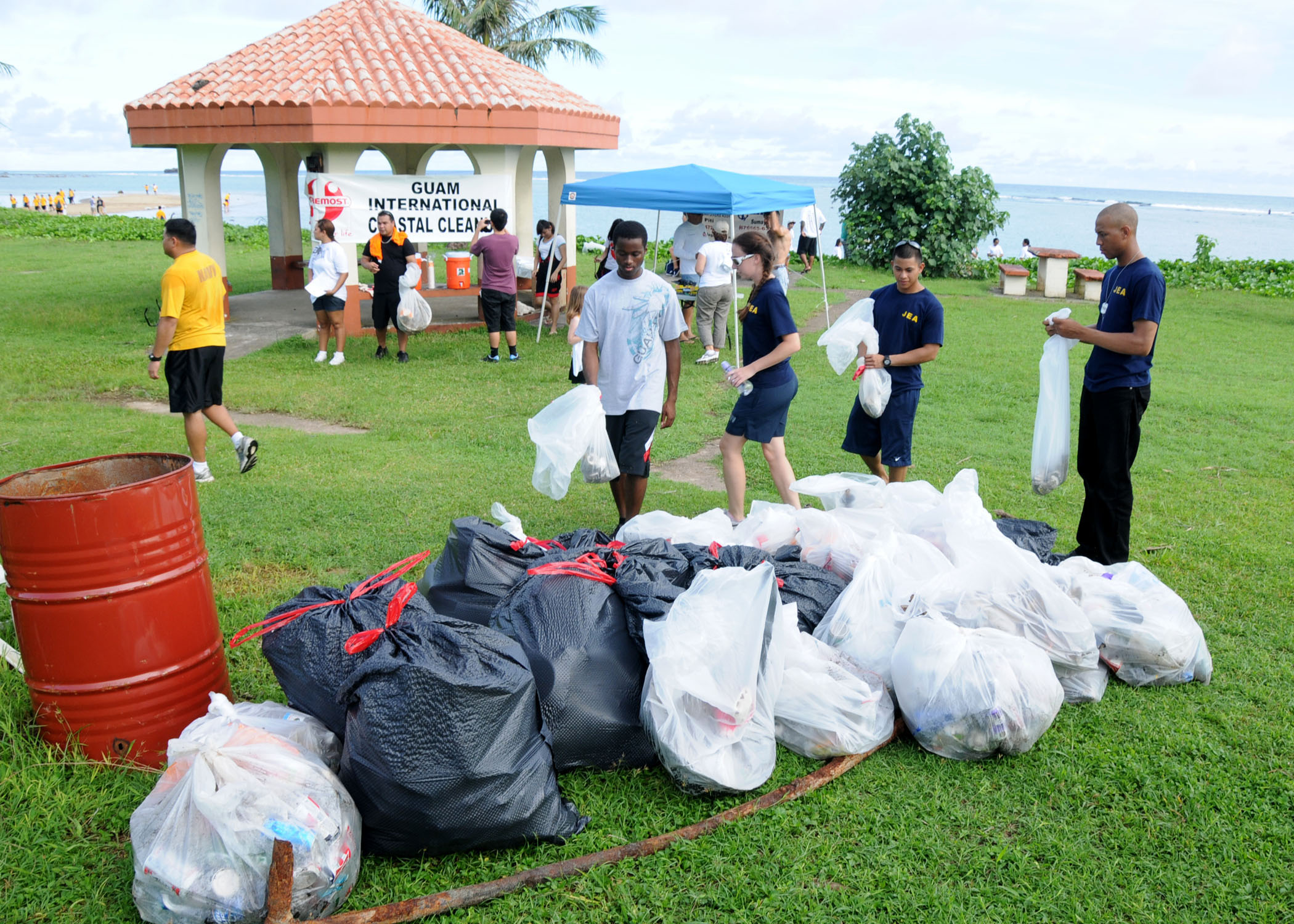 Garbage Pick Up : Gillies civics s steps closer to a debris free