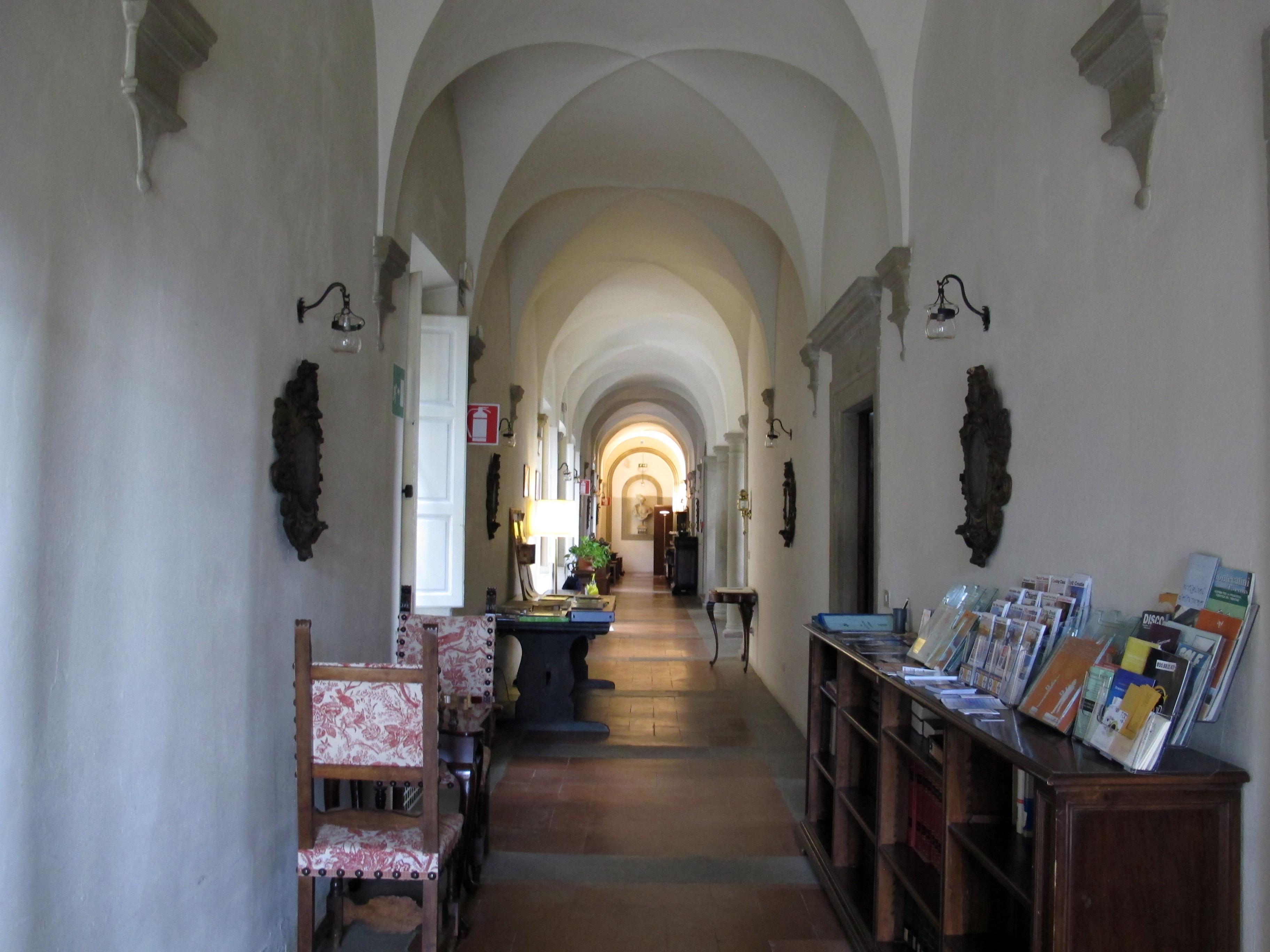File villa le balze interno 02 jpg wikipedia for Interno help