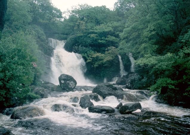 Waterfall - geograph.org.uk - 308869