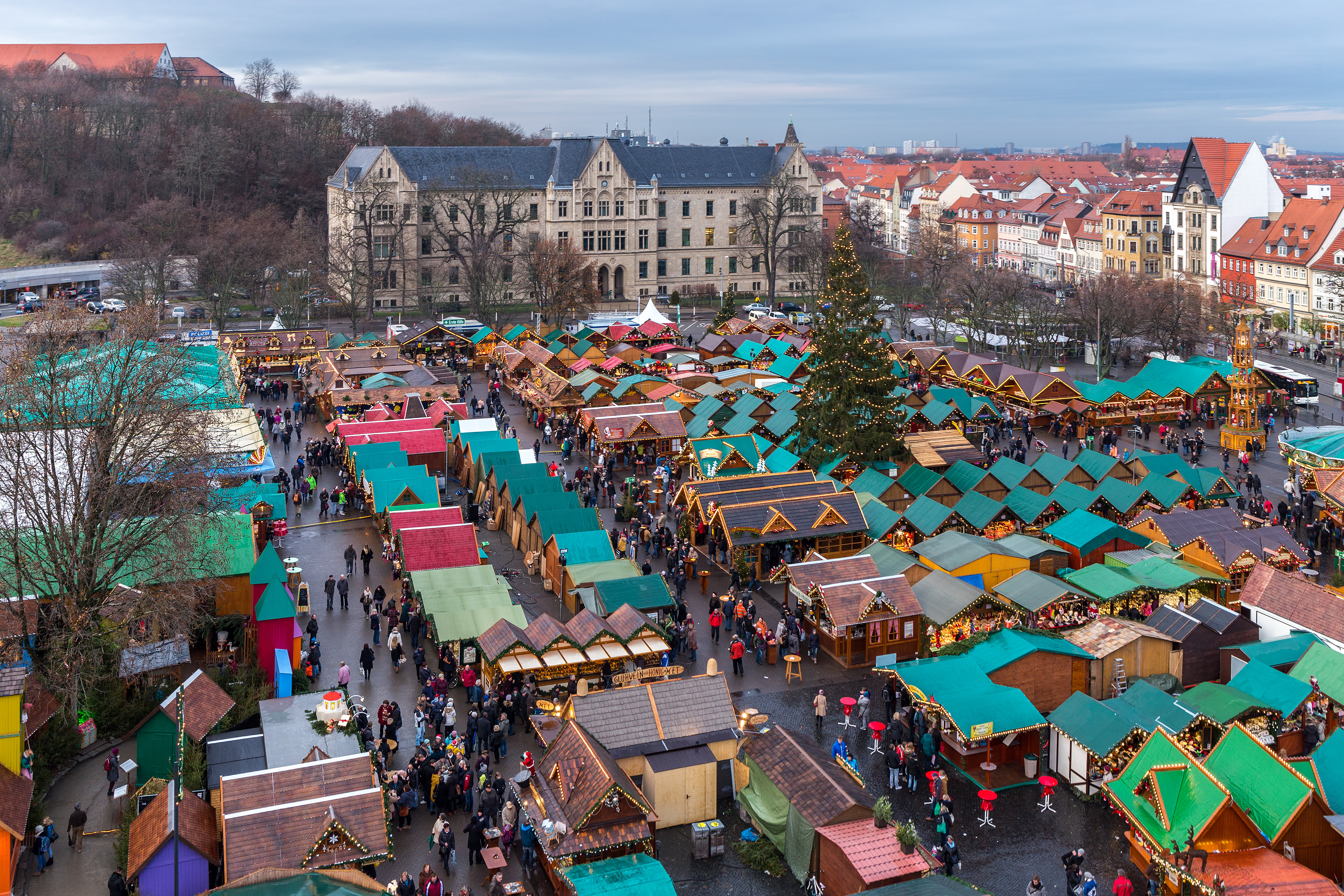Which Country Hosts Striezelmarkt A Christmas Market Thats Been Held Since 1434.Christmas Markets Travel Guide At Wikivoyage