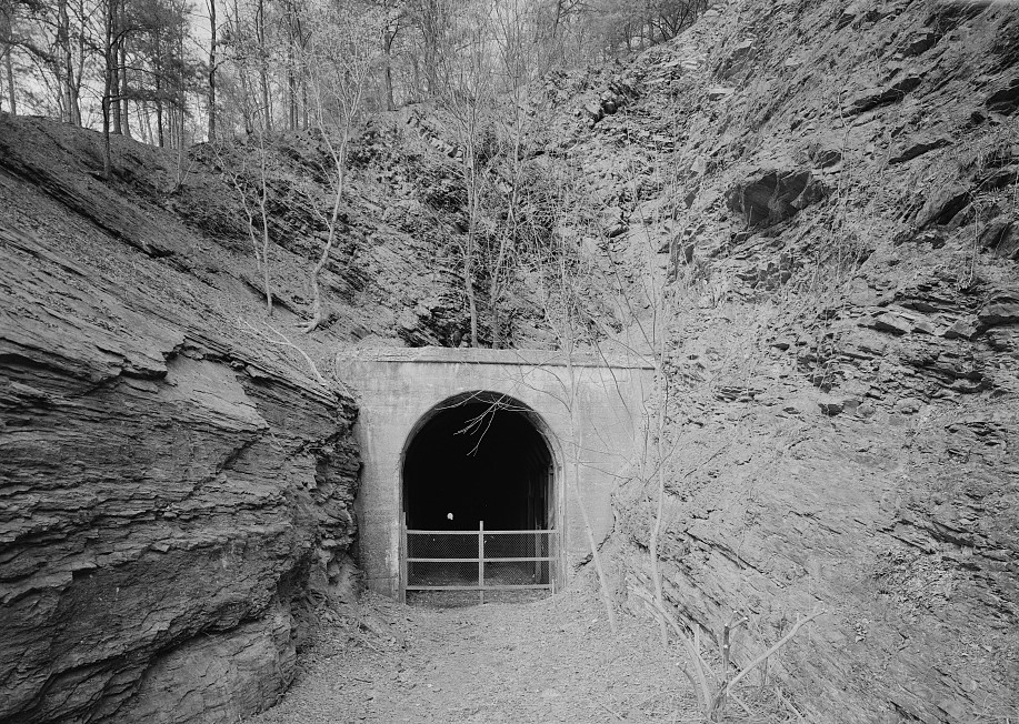 File west portal of tunnel no 1356 stick pile tunnel for N portal
