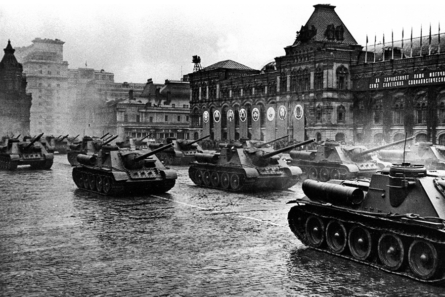 File:Парад Победы на Красной площади 24 июня 1945 г. (34 ...