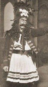 1919paradox (cropped).jpg