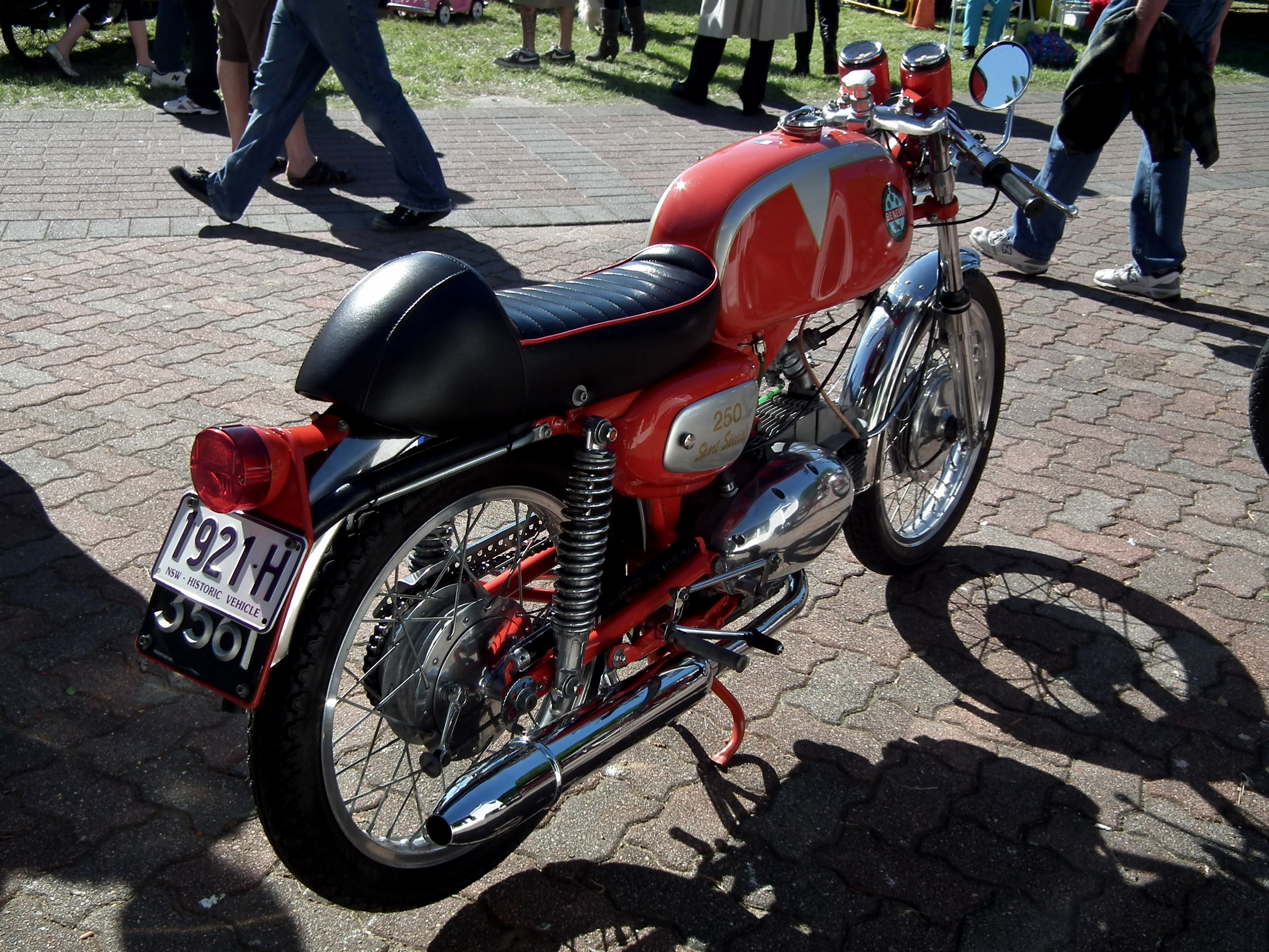 File:1968 Benelli 250 Sport Speciale Motor Cycle