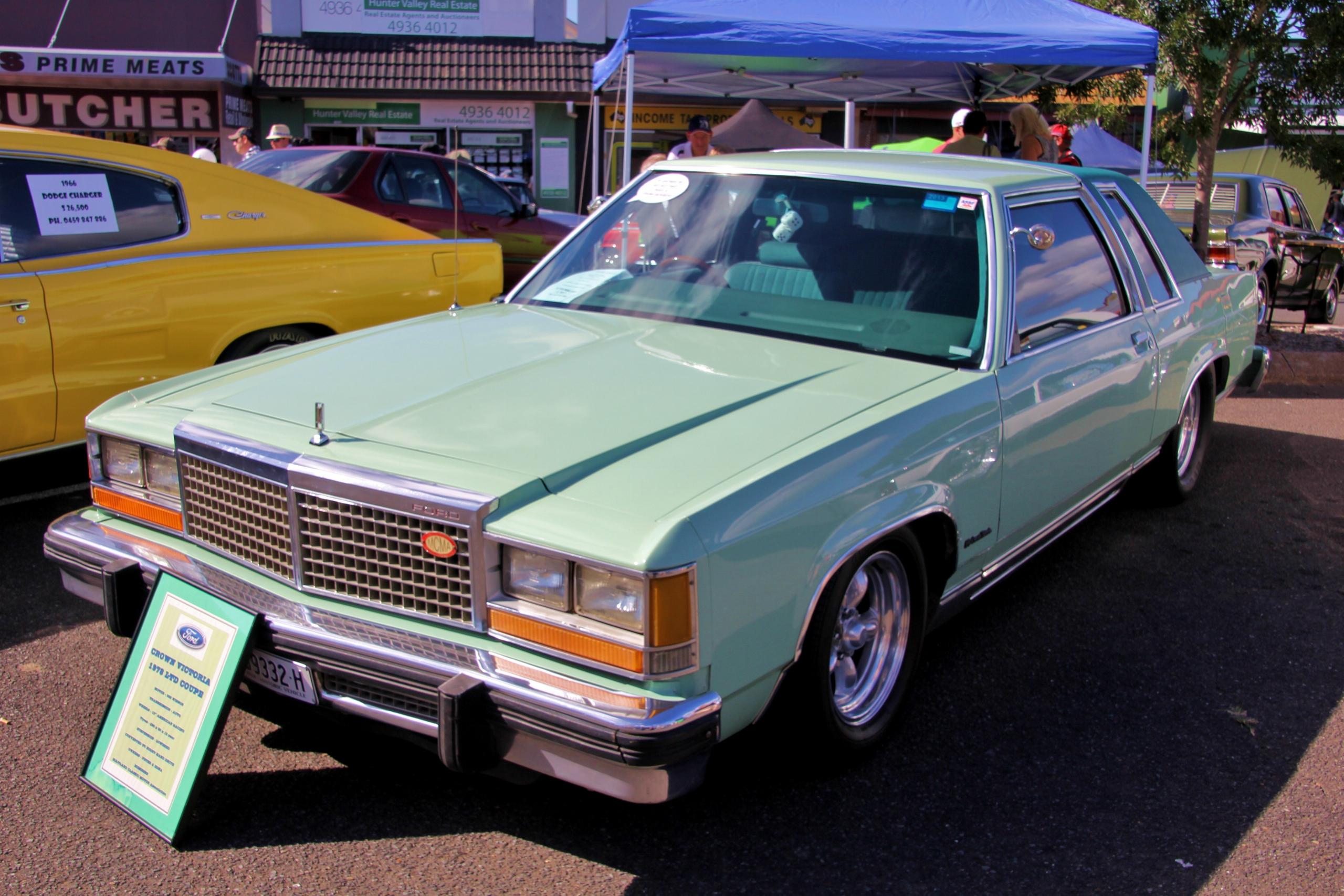 File Ford Ltd Crown Victoria Coupe  Jpg