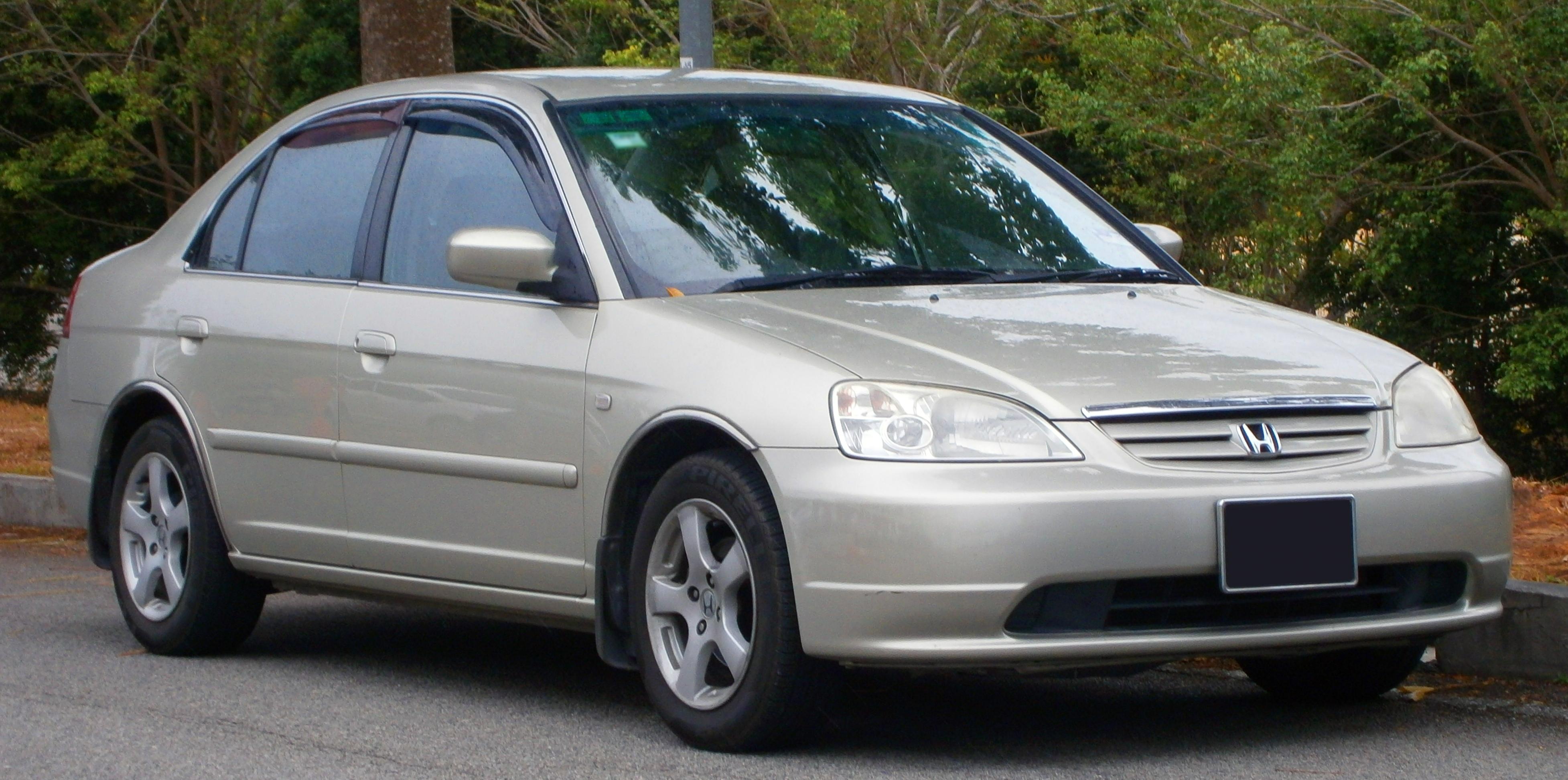File:2001 Honda Civic VTi sedan in Cyberjaya, Malaysia (01 ...