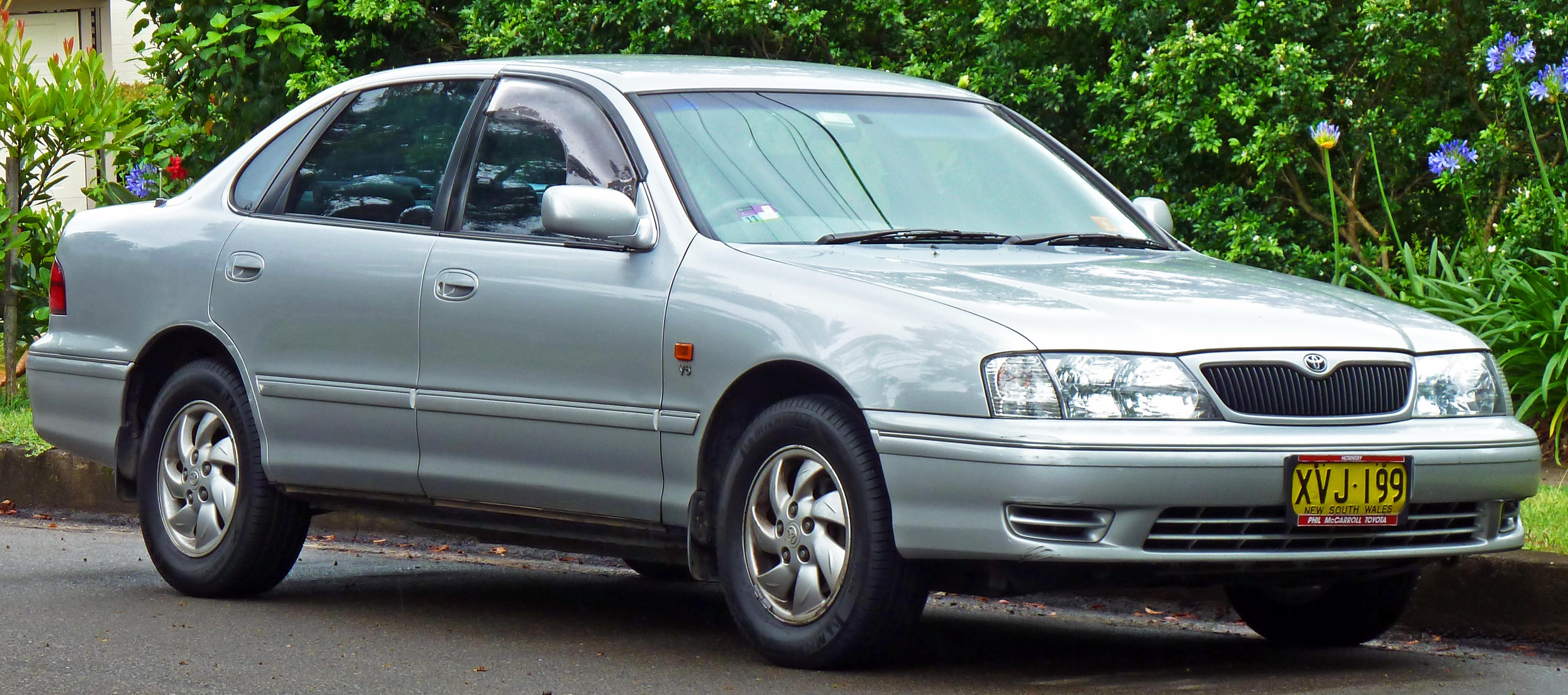 File Toyota Avalon MCXR Mark II CSX Sedan - 2001 avalon