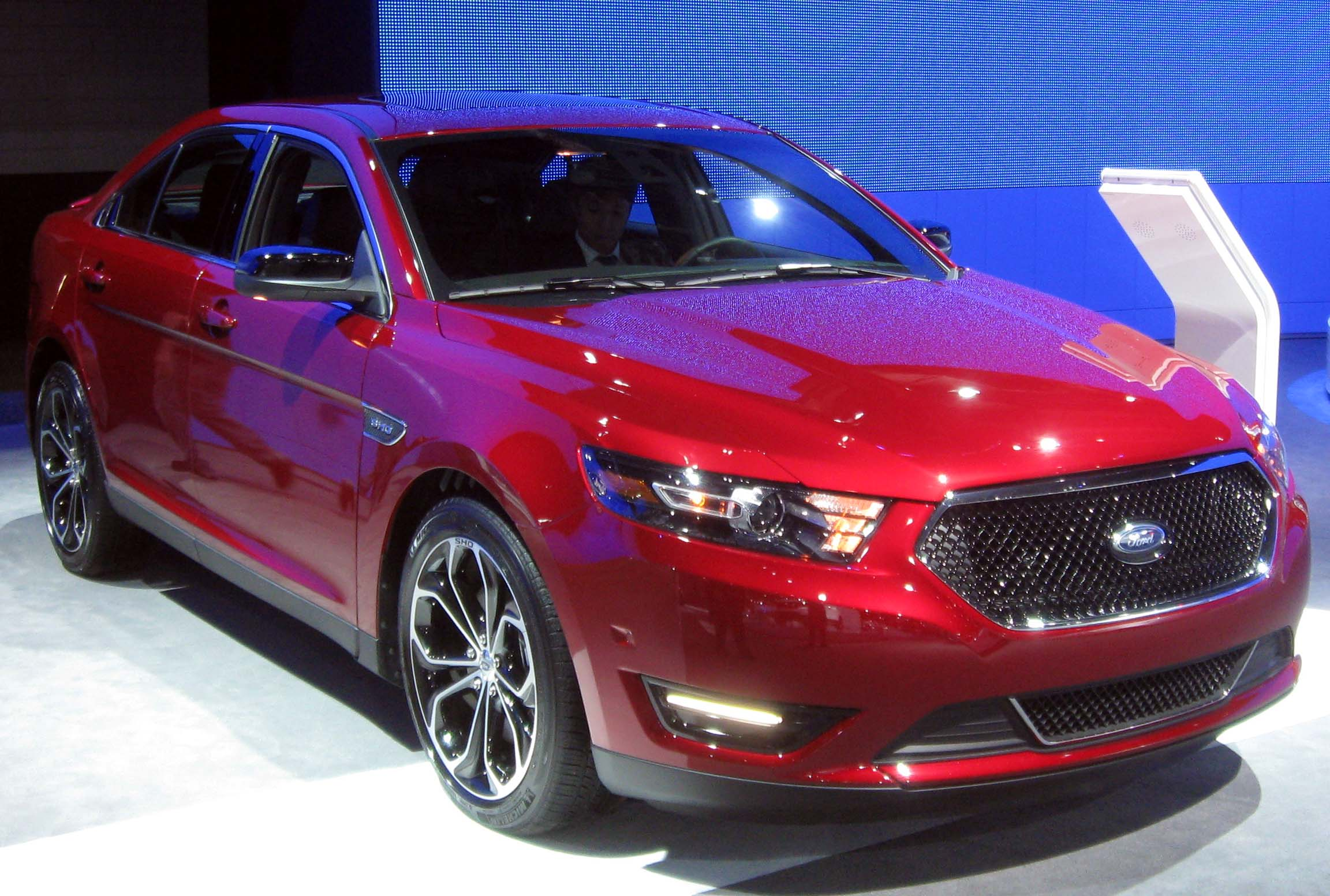 file 2013 ford taurus sho 2012 nyias jpg wikimedia commons. Black Bedroom Furniture Sets. Home Design Ideas