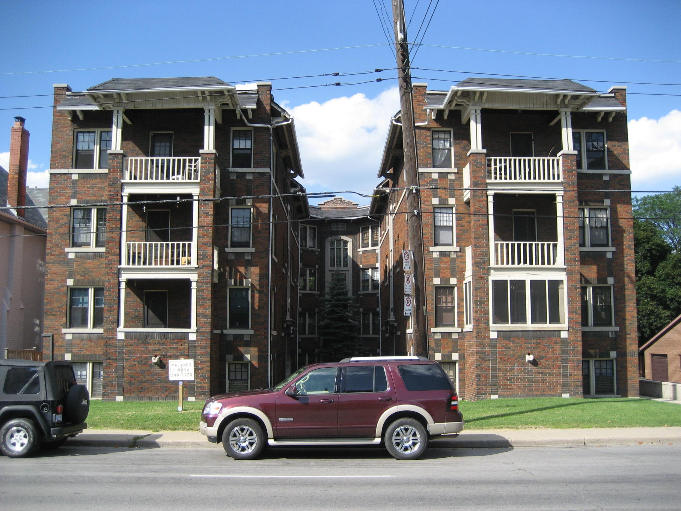 Charming File:Aberdeen Apartments Hamilton.JPG