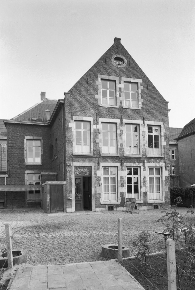 Huis in roermond monument for Huis tuin roermond