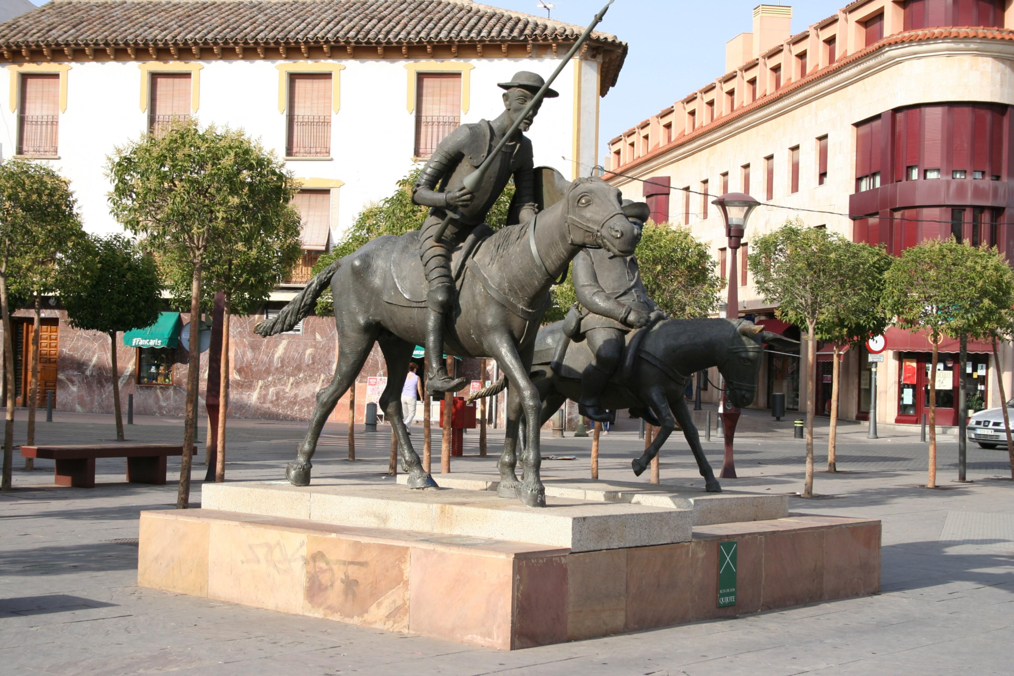 File alcazar san juan quijote sancho wikimedia for Muebles alcazar de san juan