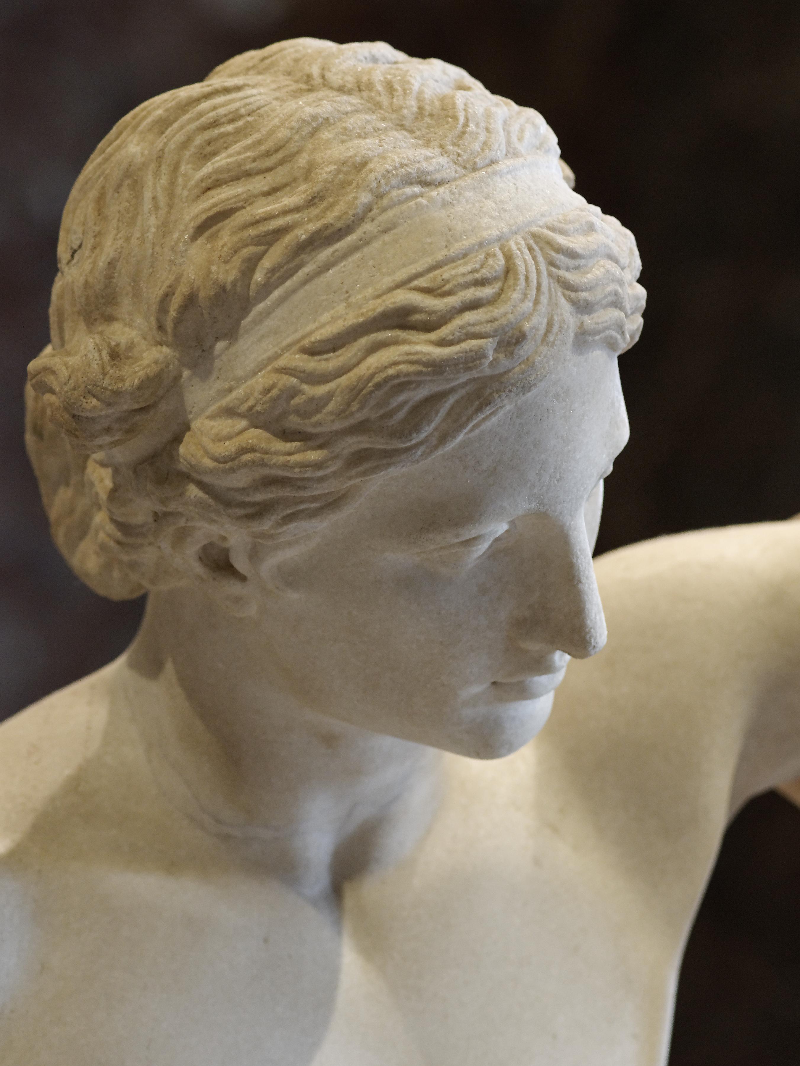 File:Apollo Sauroktonos Louvre Ma441 n03.jpg