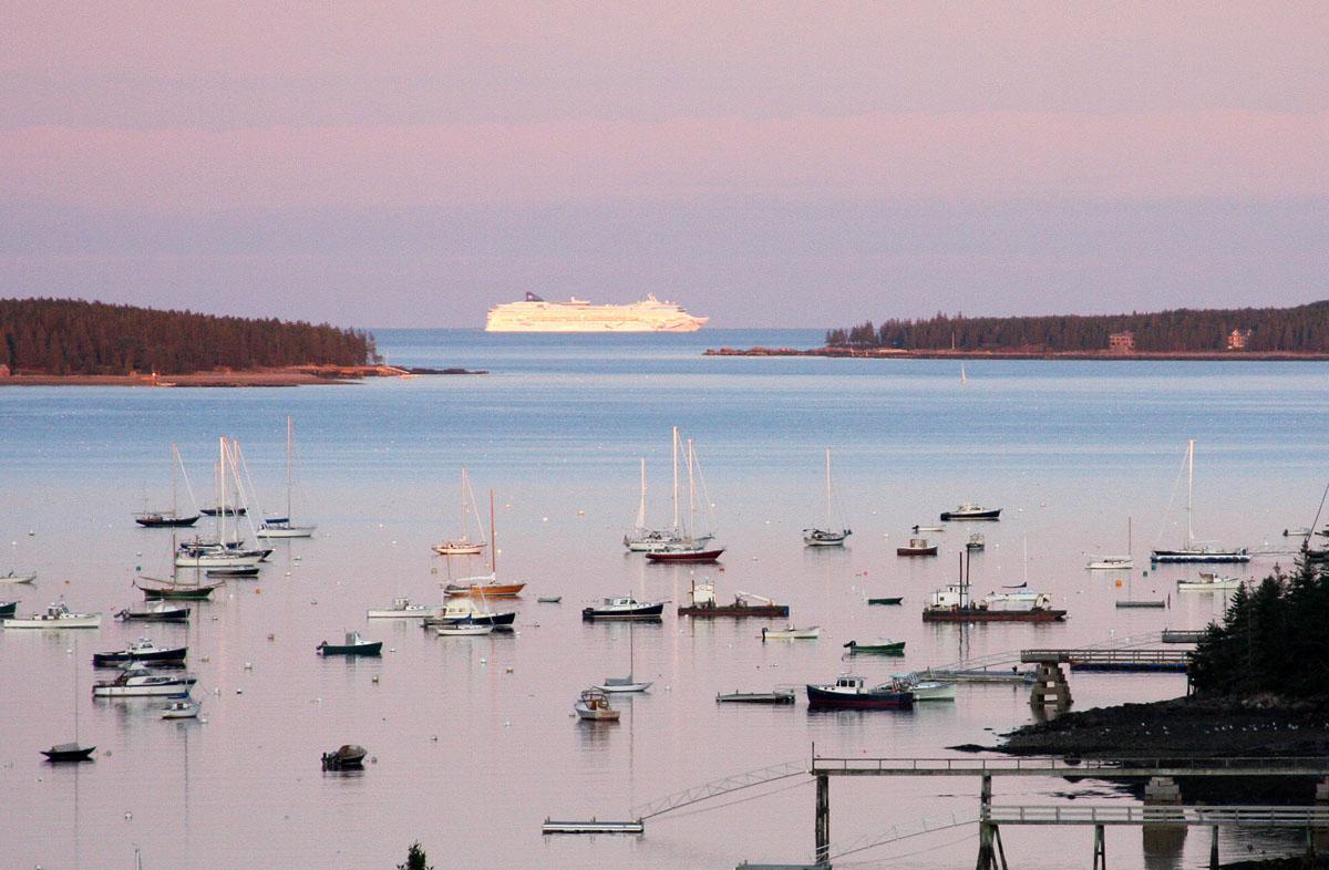FileBar Harbor Maine Cruise Ship Jpg Wikimedia Commons - Cruise ship bar harbor